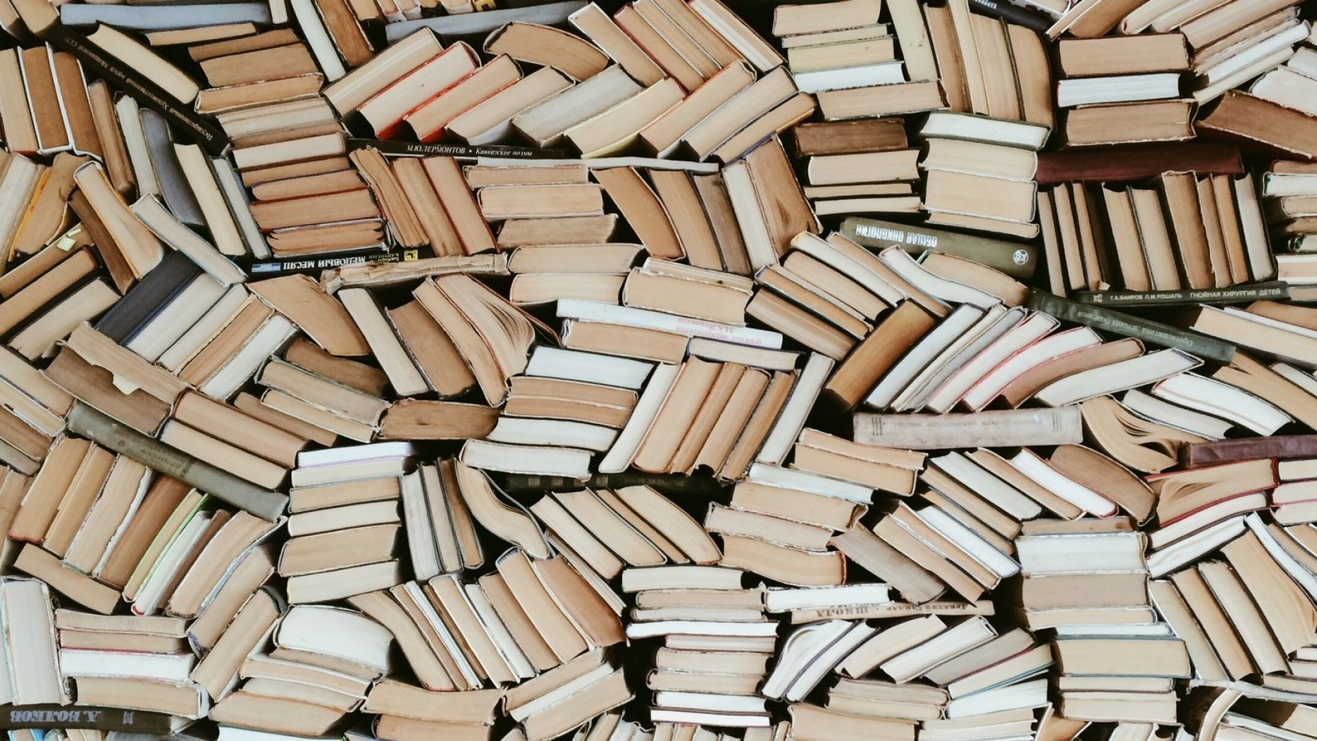 Read 200 Books This Year by Making This 1 Tiny Change to Your Routine