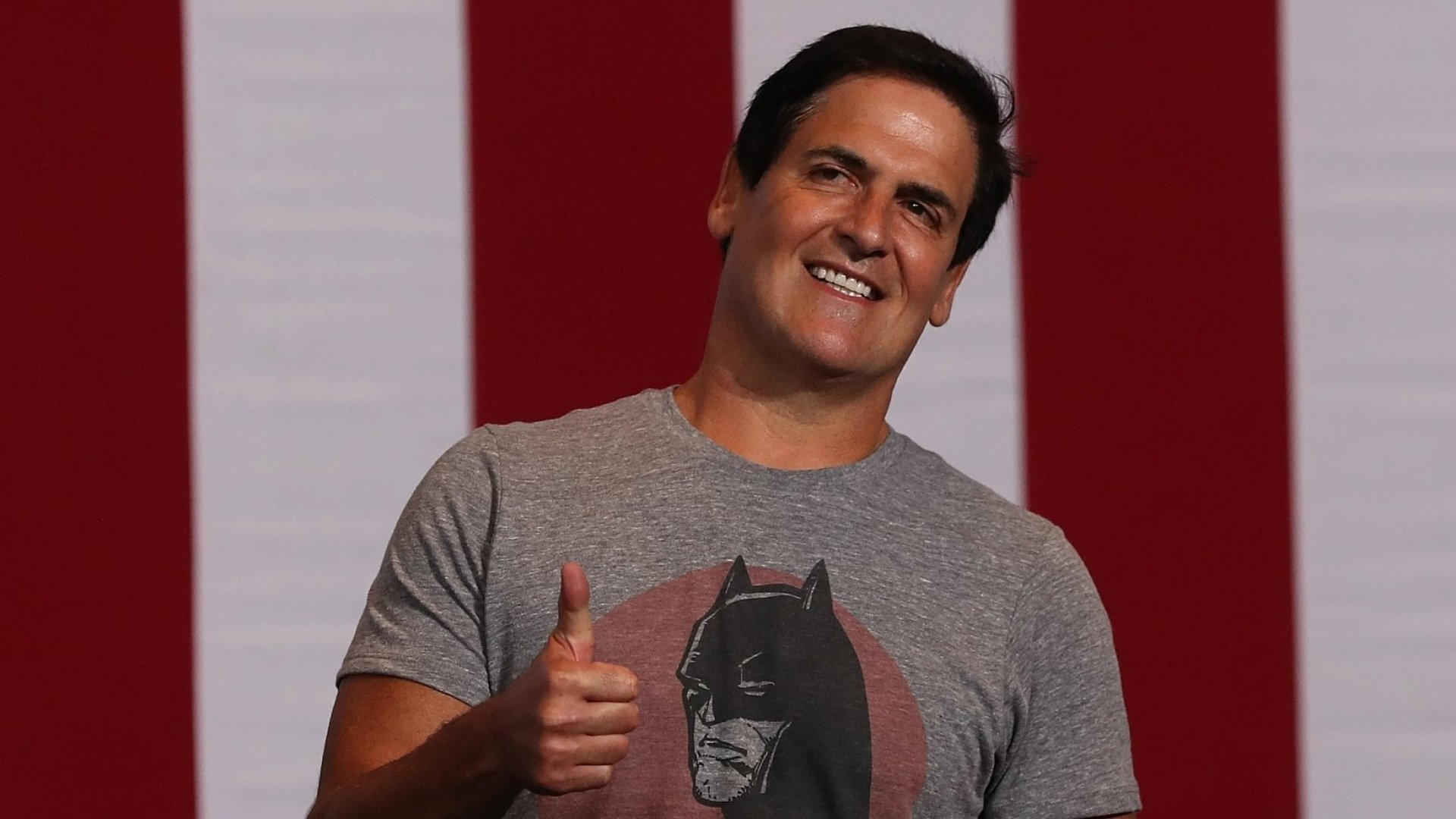 Mark Cuban Debates Carl Icahn on Twitter Over Presidential Candidates