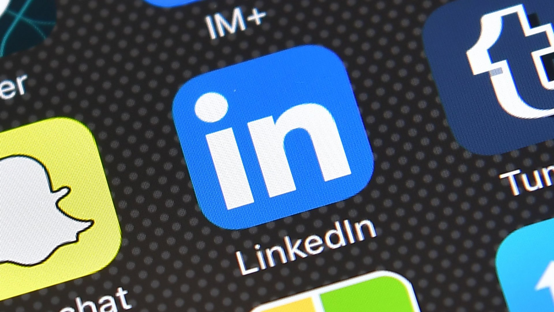 LinkedIn Just Stole an Idea From Facebook - And it's Tremendous