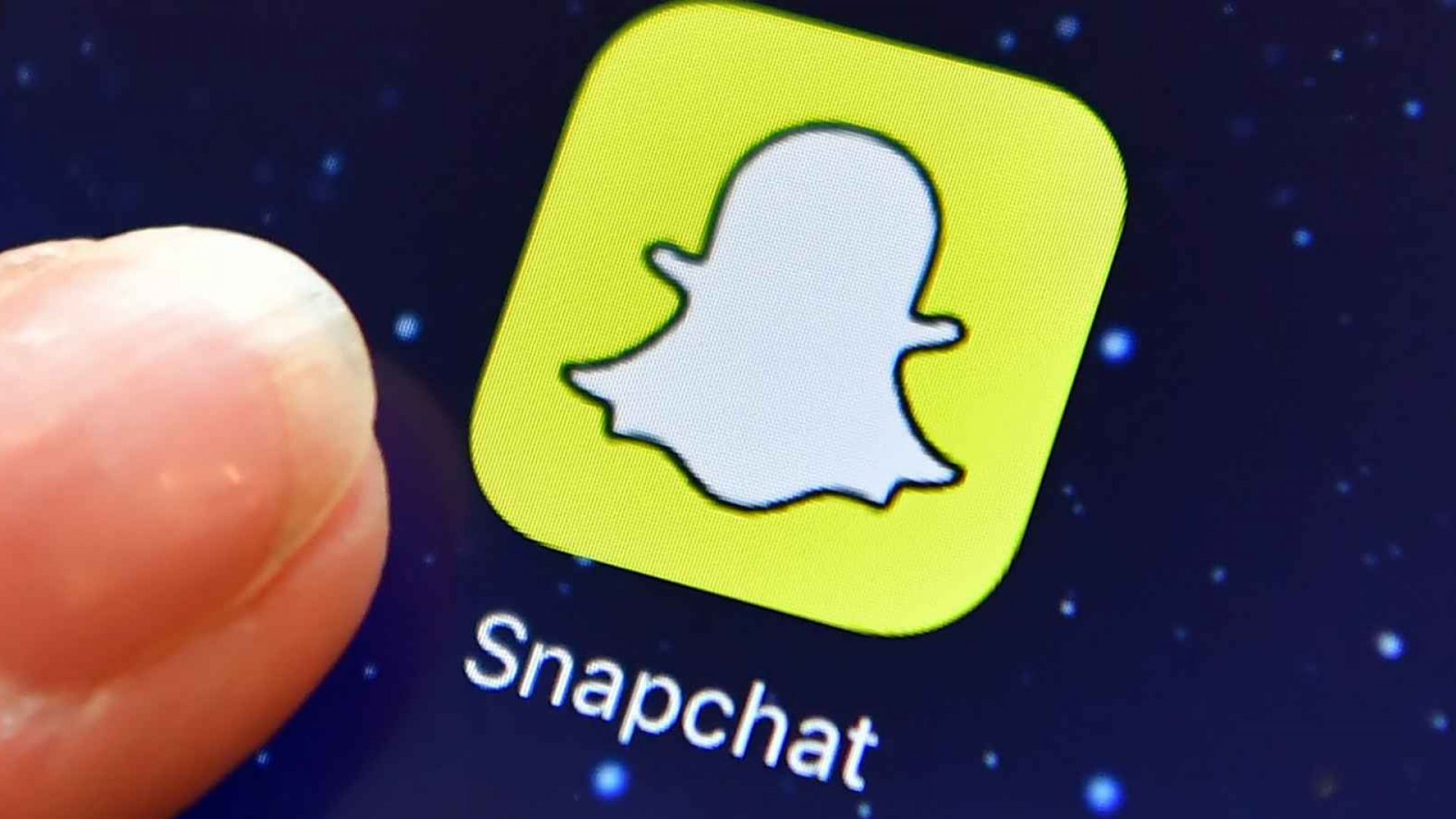 Snapchat Flipflops On Creepiness And Enables Ad Targeting