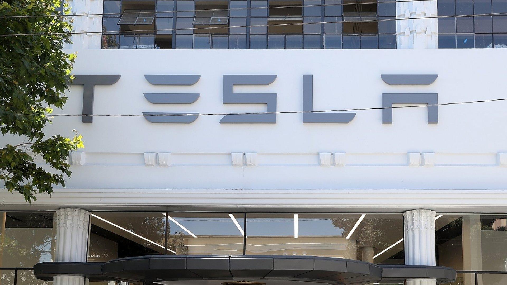 Elon Musk Unveils New Solar-Powered Glass Roof Tiles