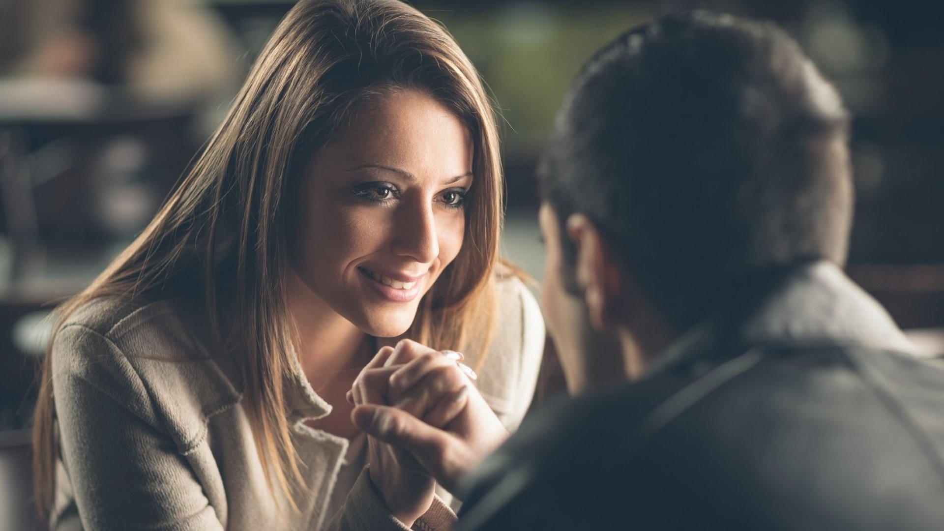 Want to Know If Someone Is Attracted to You? Their Voice Changes in 1 Simple Way