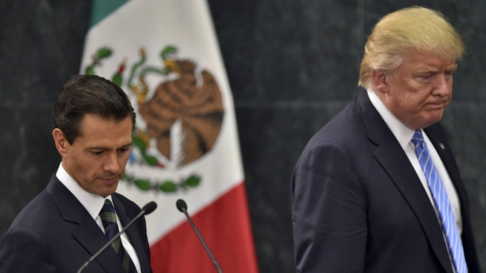 Enrique Peña Nieto, Mexico's president, with President-elect Donald Trump.