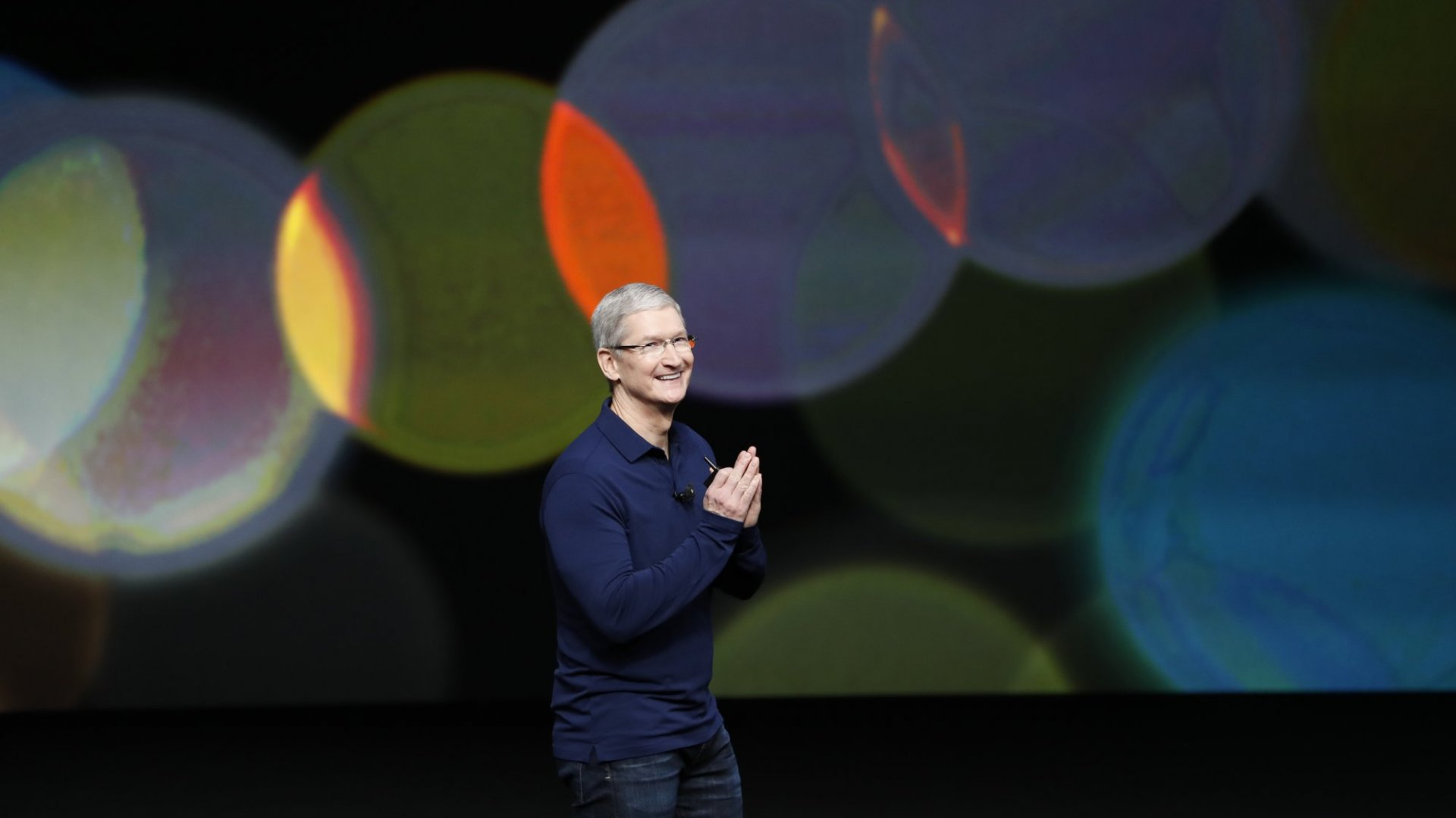 Here's How Tim Cook and Elon Musk Want to Fix Facebook