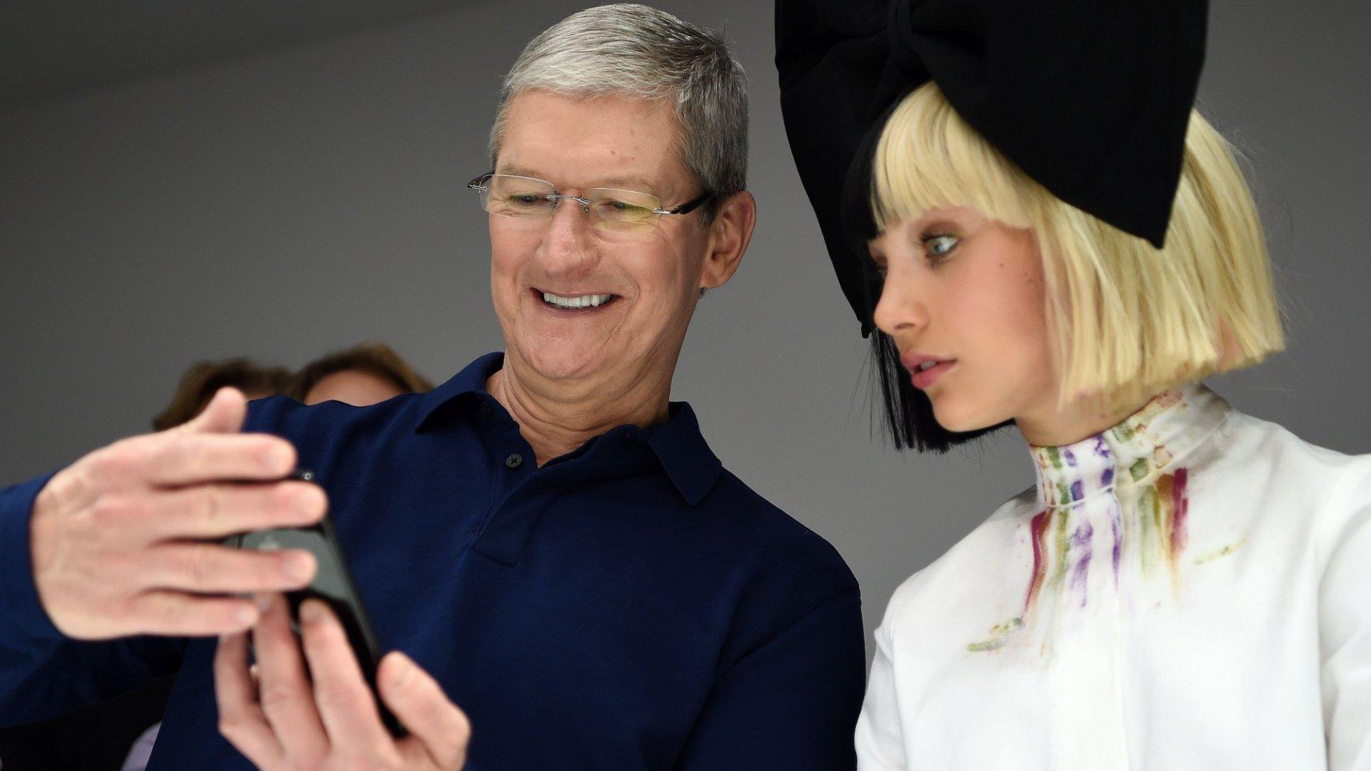 Apple Betting Big on Wireless World