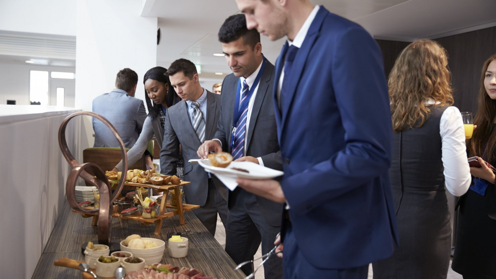 Here's Why Eating at Work is Really Bad for You (Plus Other Recent Studies About How You Can Live Better, Longer)