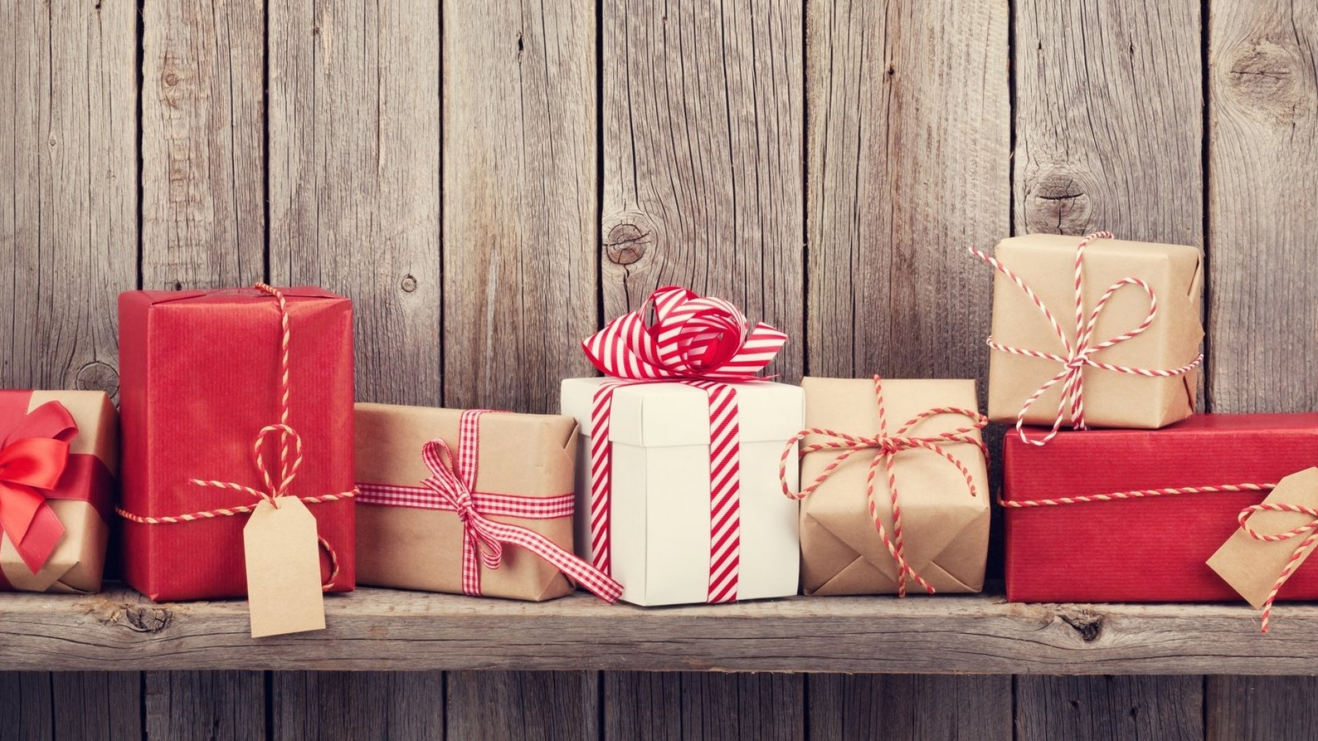 Want To Keep Your Best Employees? Give Them These 5 Gifts (Most Bosses Don't)