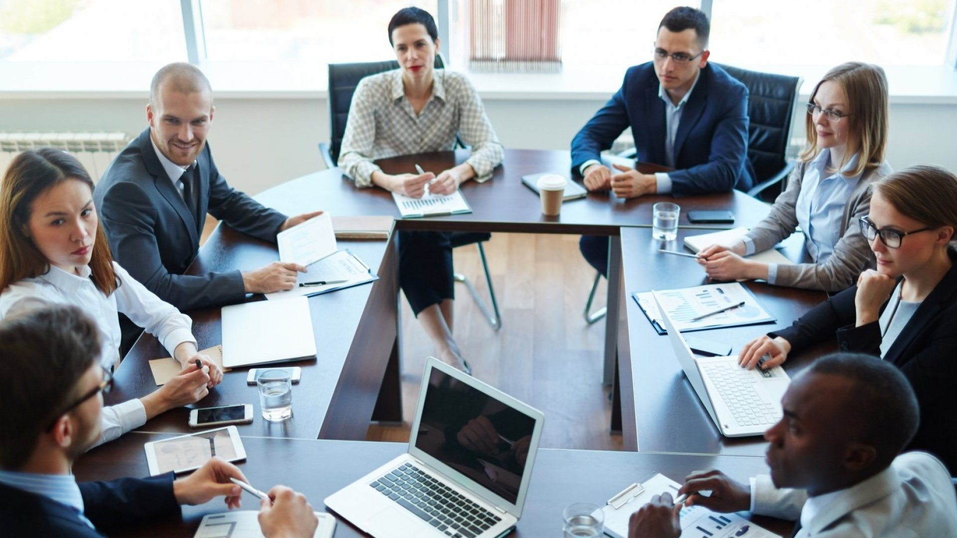 Building an Advisory Board? Remember These 5 Strategies to Land The Right Advisors