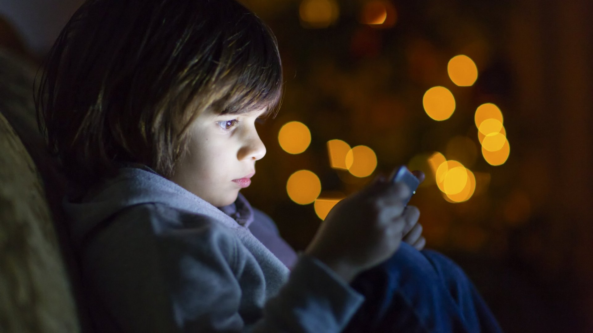 Put Your Kids on a Digital Fast Over the Holidays? Not So Fast On That One