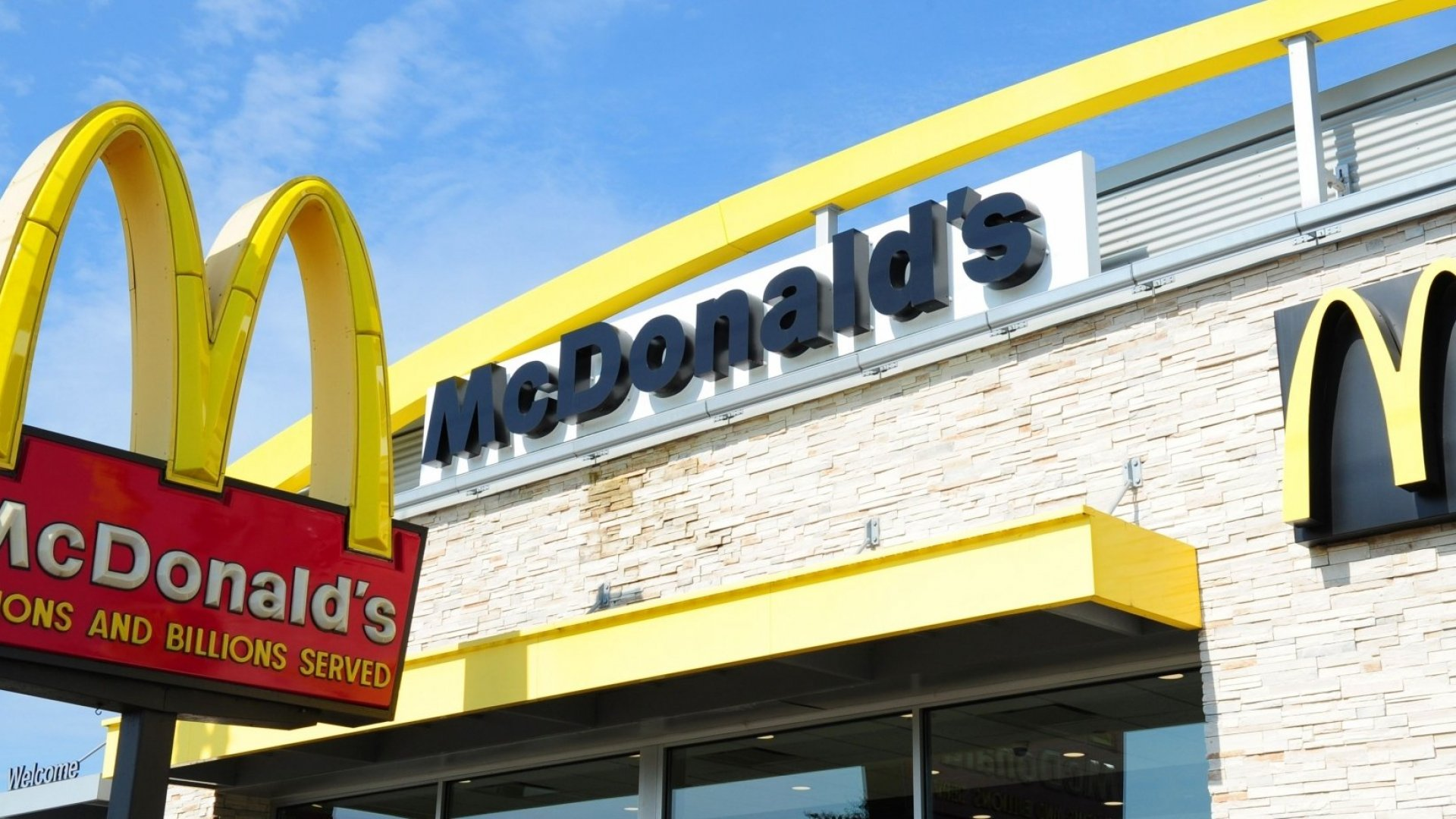 Fast Food Chains Try to Keep This Clever Marketing Strategy Under Wraps. Here's Why It's So Powerful