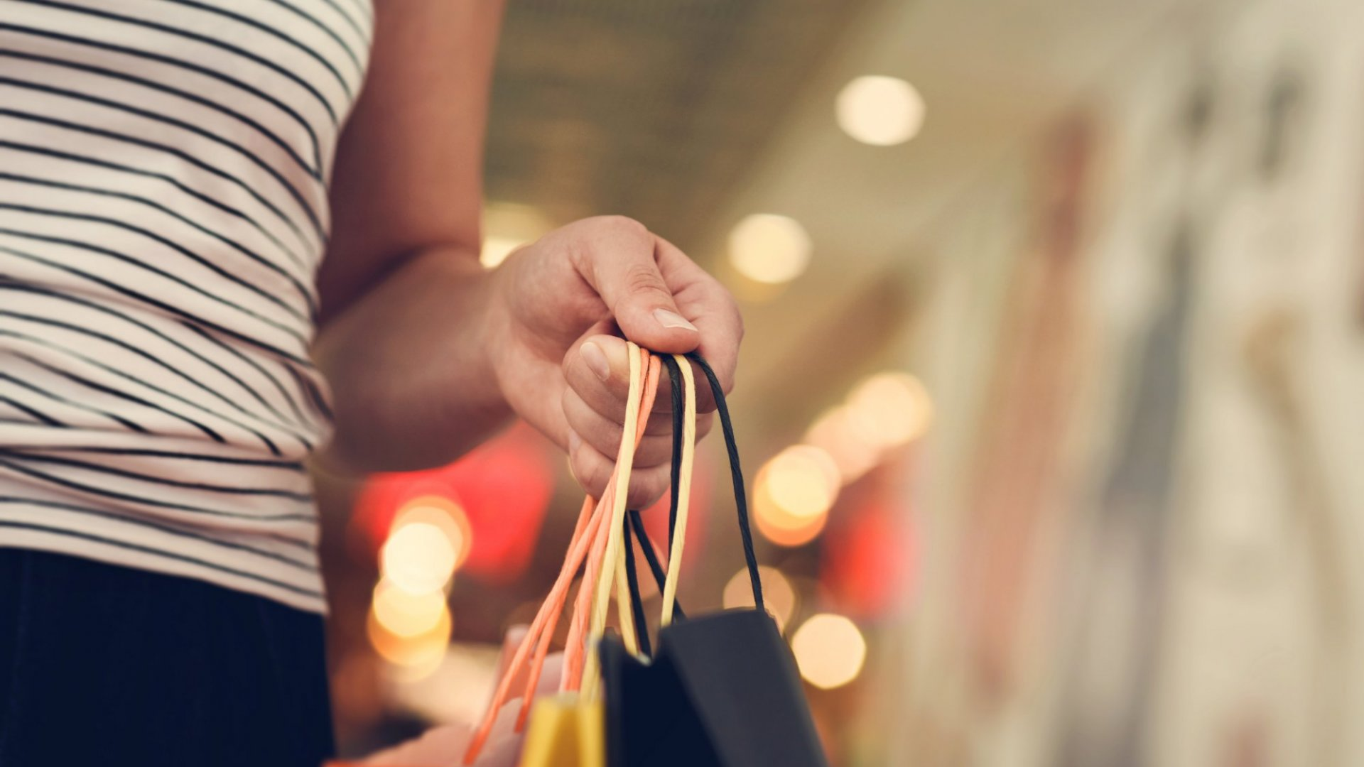 6 Savvy Tips to Increase Sales This Black Friday