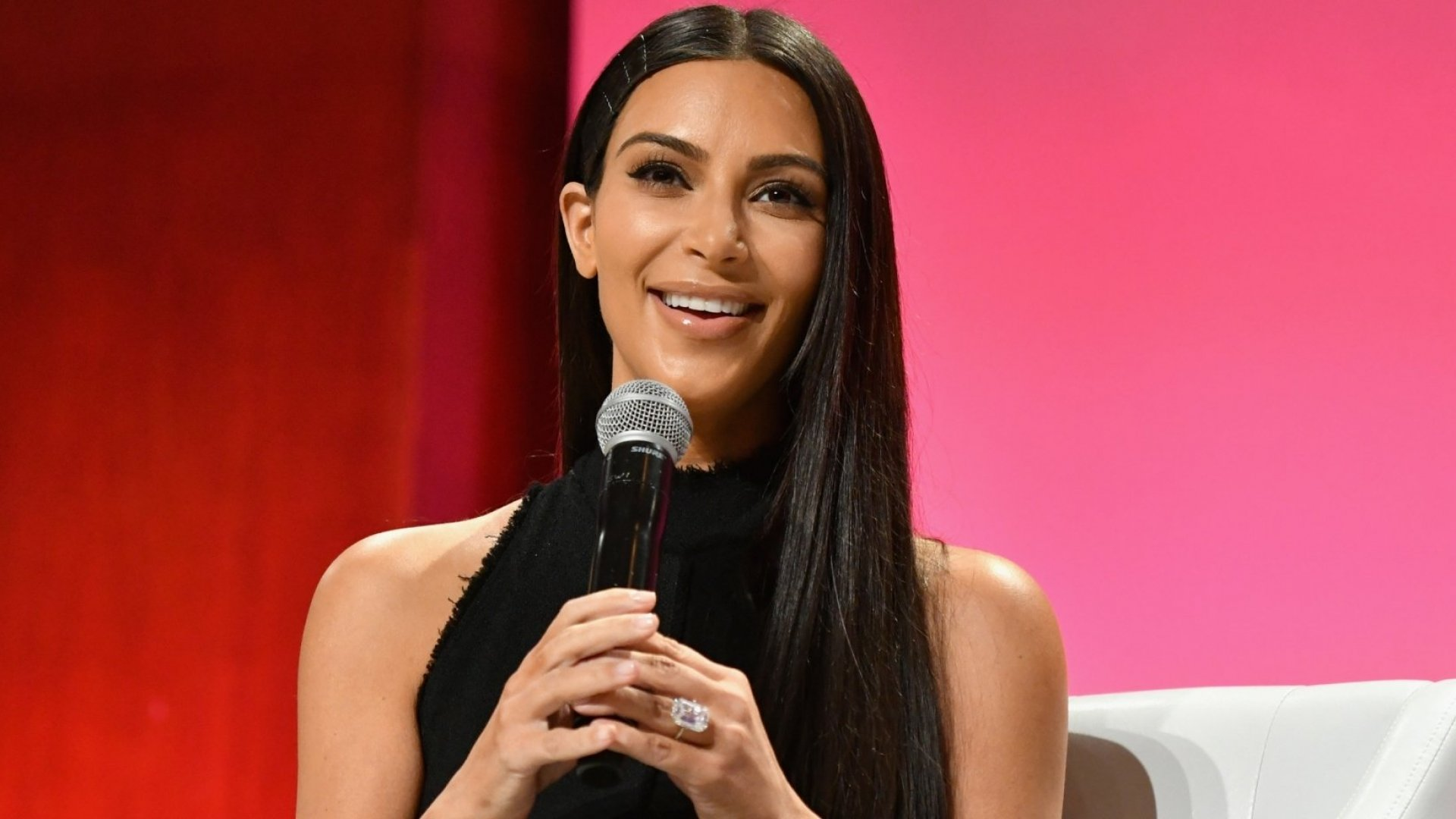 Kim Kardashian Gave a Master Class on Customer Loyalty at a Kanye West Concert, and We Should All Pay Attention