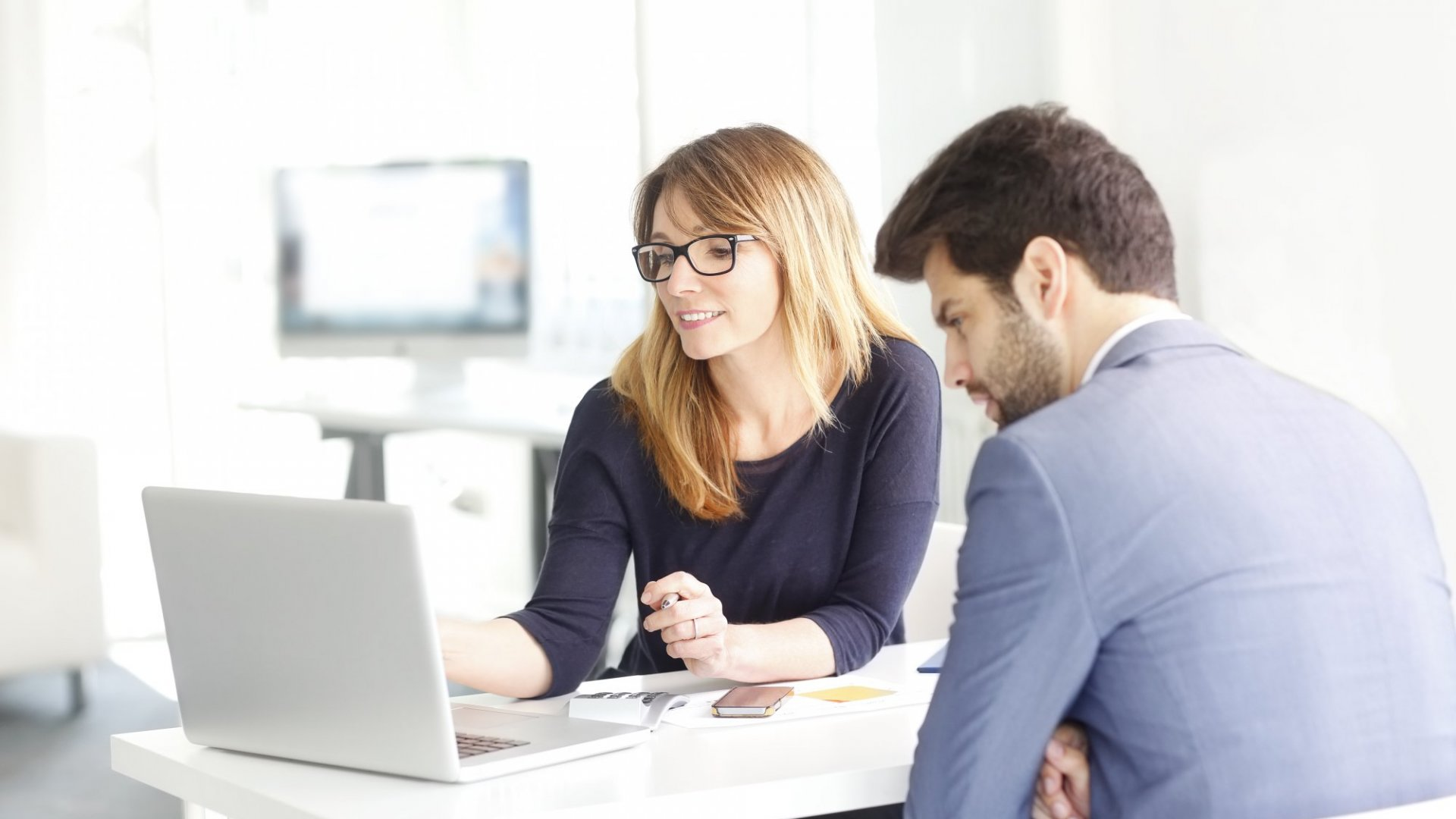 How One-On-Ones Improve Employee Performance And Morale