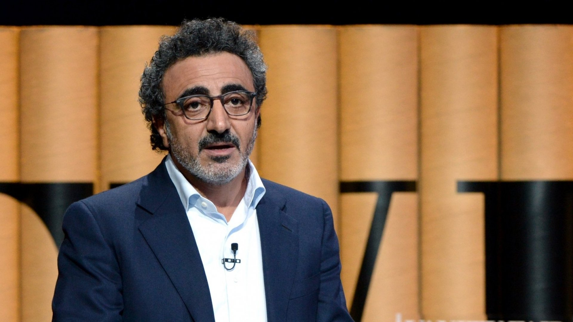 Chobani Founder Receives Death Threats for Supporting Refugees
