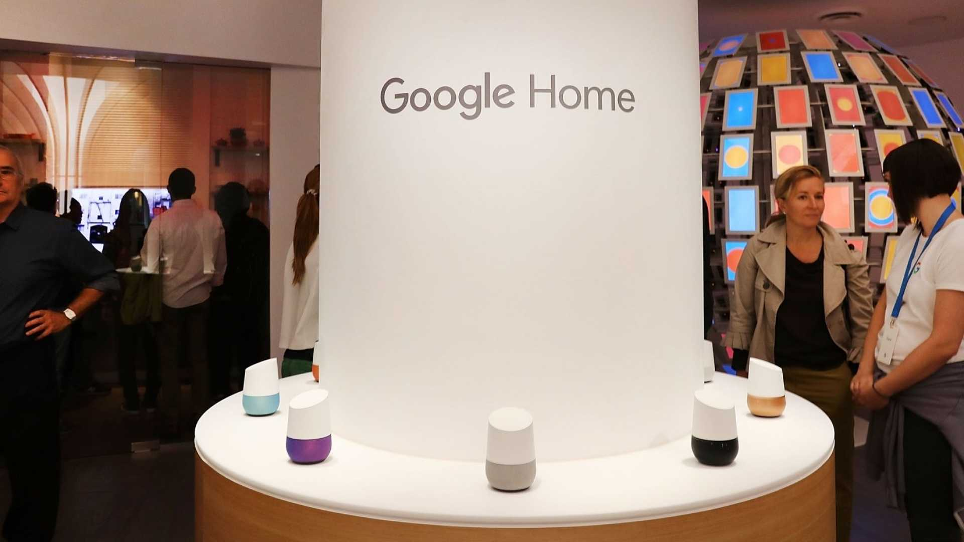 People visit the Google pop-up shop in the SoHo neighborhood on October 20, 2016 in New York City.