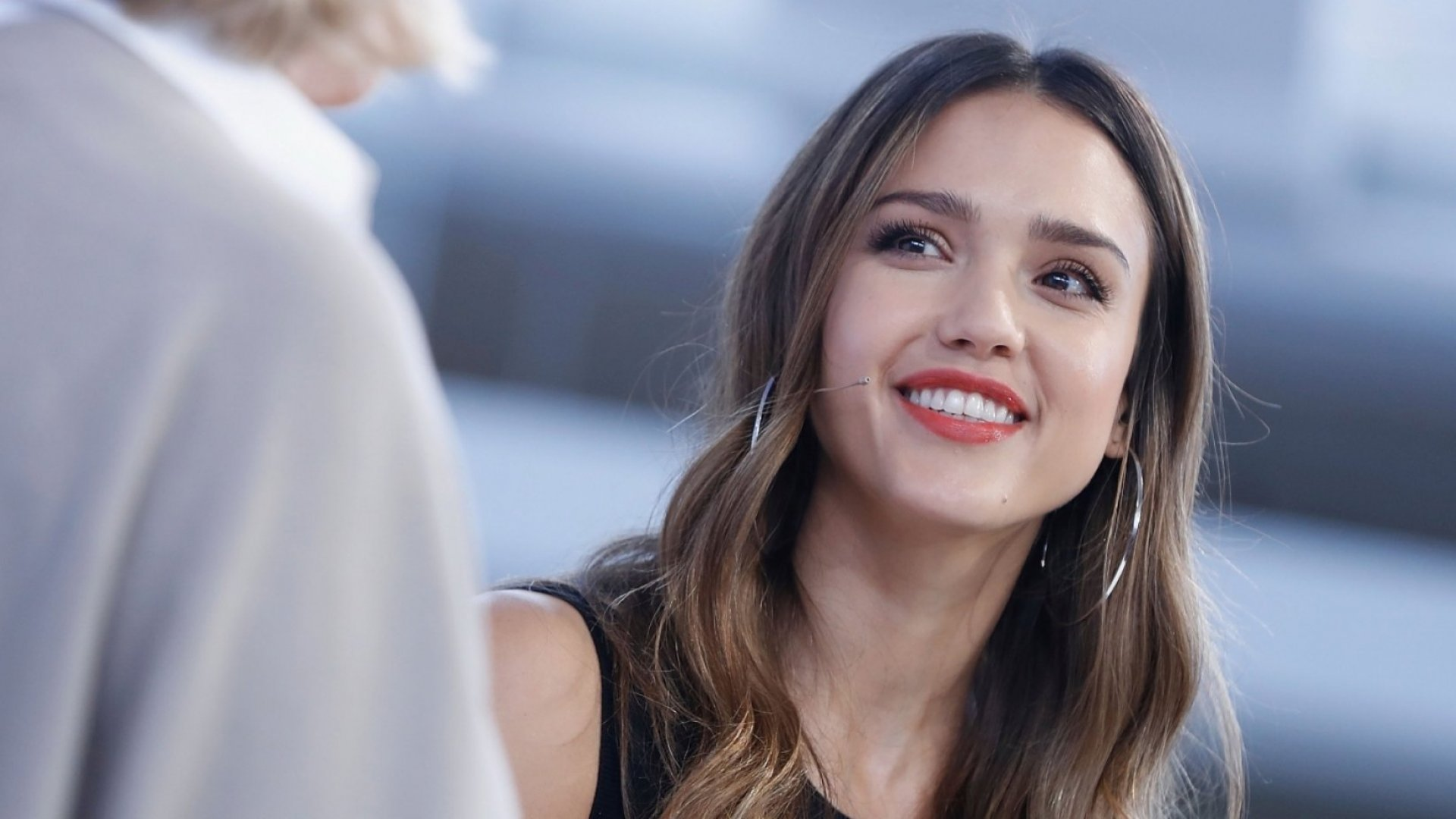 How Bill Gates, Jessica Alba, and Other Famous Founders Learned From Their Crucial Mistakes