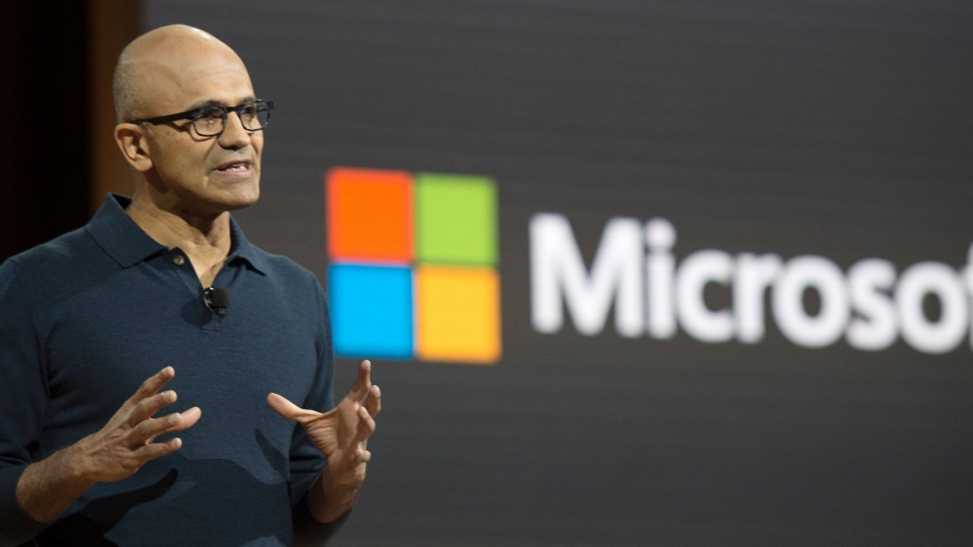 How This Robot in Microsoft Teams Helps Your Team