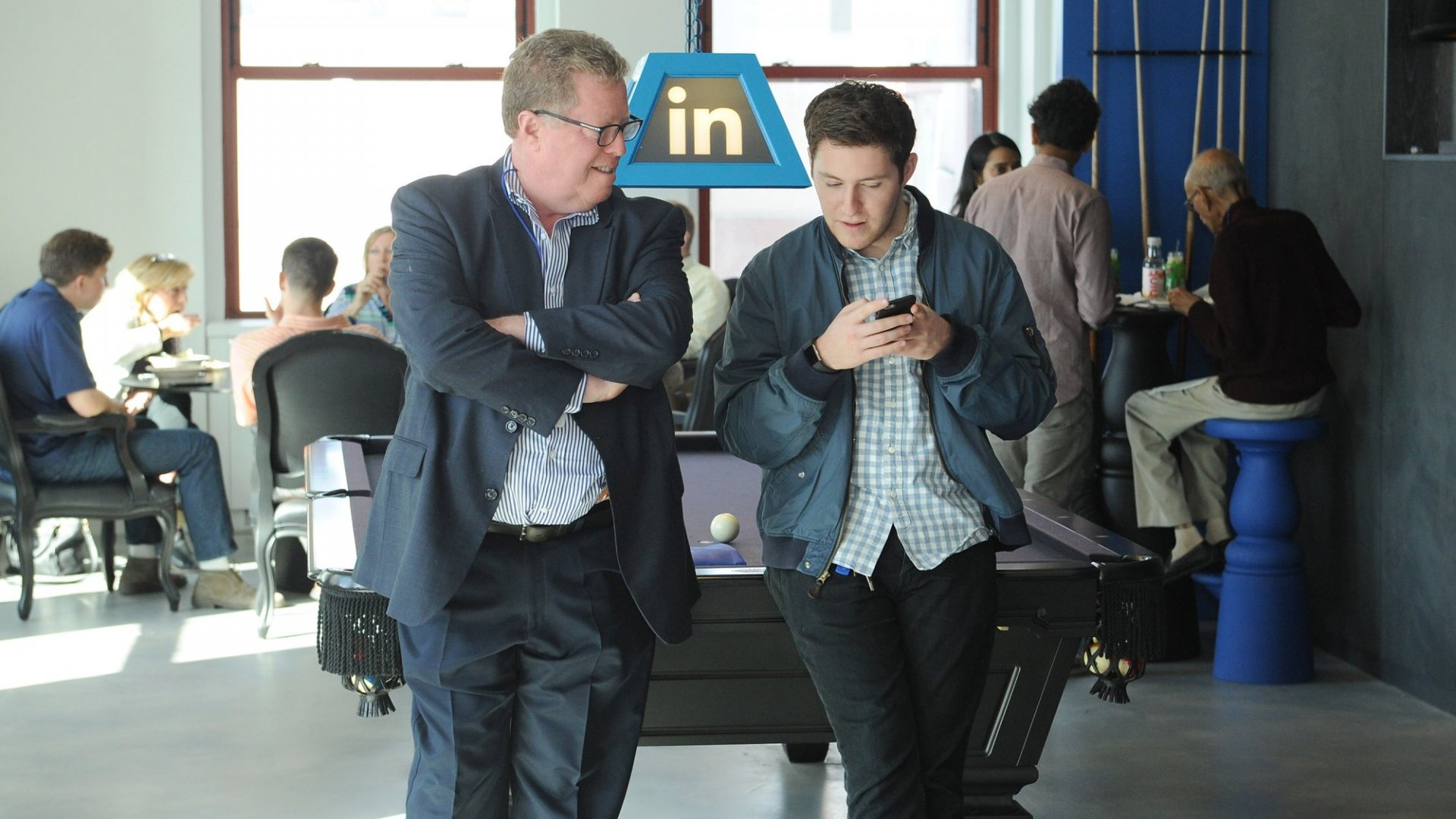 LinkedIn Set to Bring Groups Back from the Dead (But, Why?)