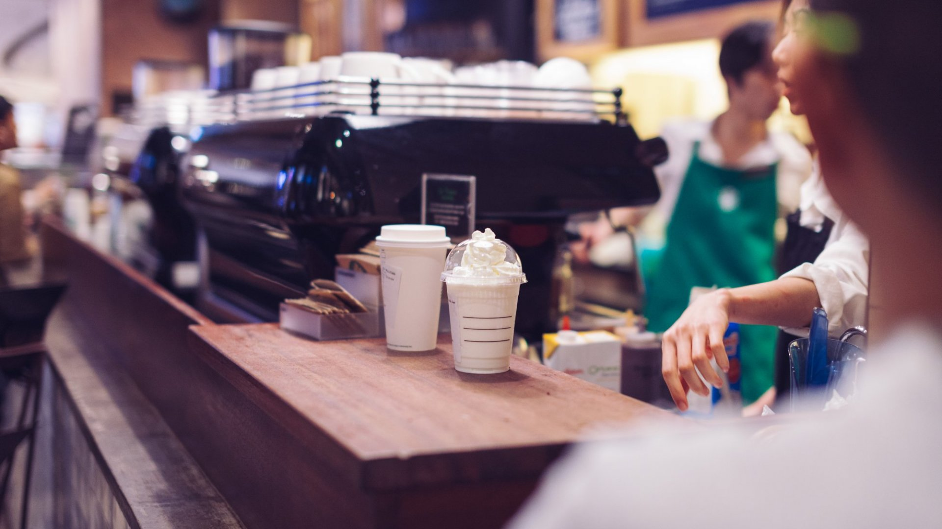 3 Things You Can Learn From Starbucks About Mobile App Marketing