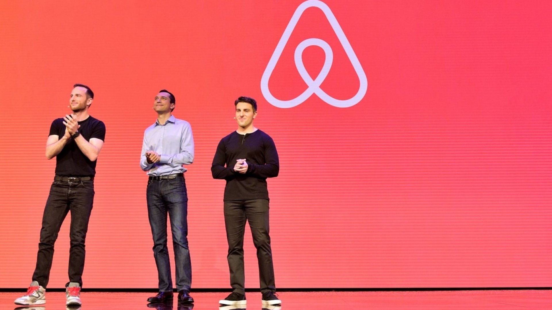 Airbnb Makes a Big Play for Business Travelers, and It's Not Alone