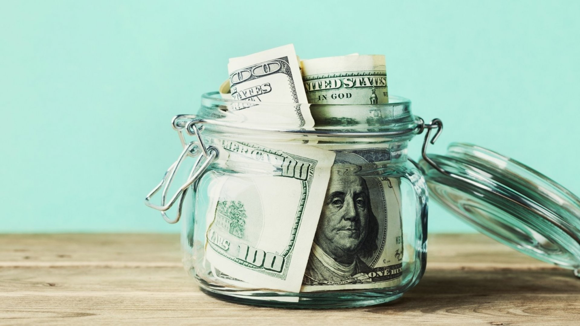 3 Guidelines to Consider When Deciding to Spend or Borrow Money