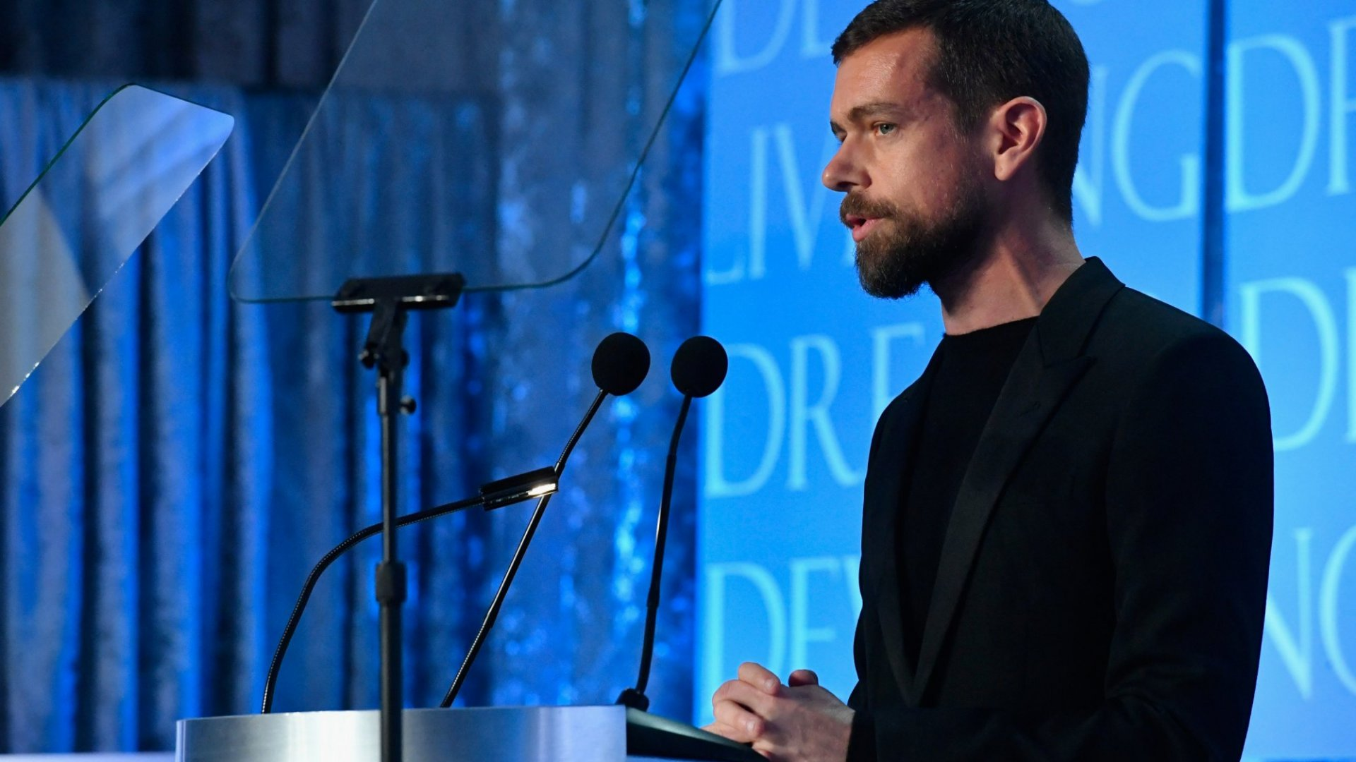 Twitter CEO Jack Dorsey Is Considering Adding an Edit Button for Tweets