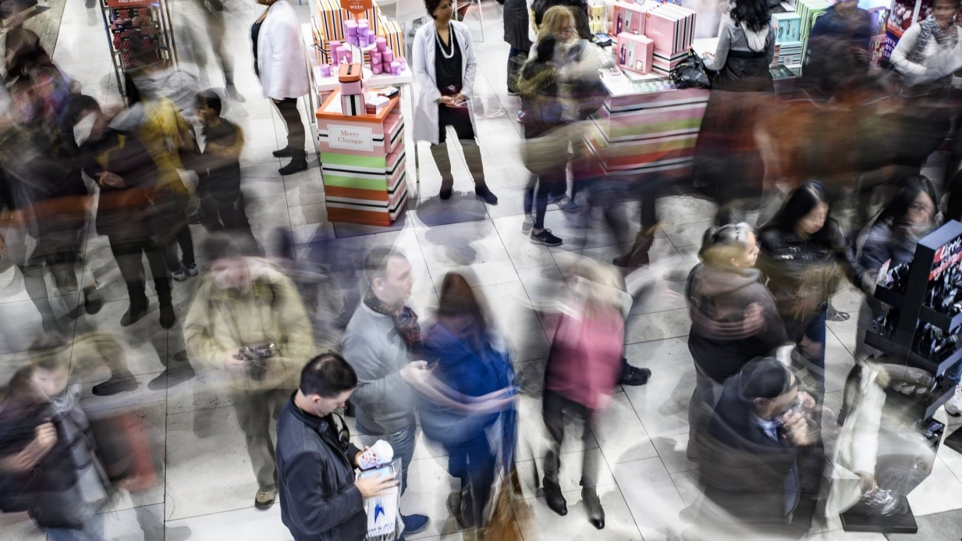 Data Shows This Is the Best Day for Holiday Shopping to Avoid Crowds and Long Lines