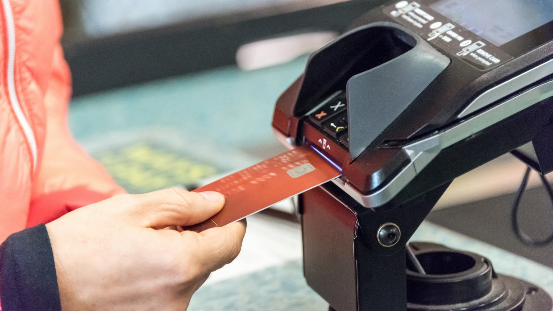 Most Small Companies Missed the Deadline to Accept Chip-Based Credit Cards. Here's How They Can Catch Up