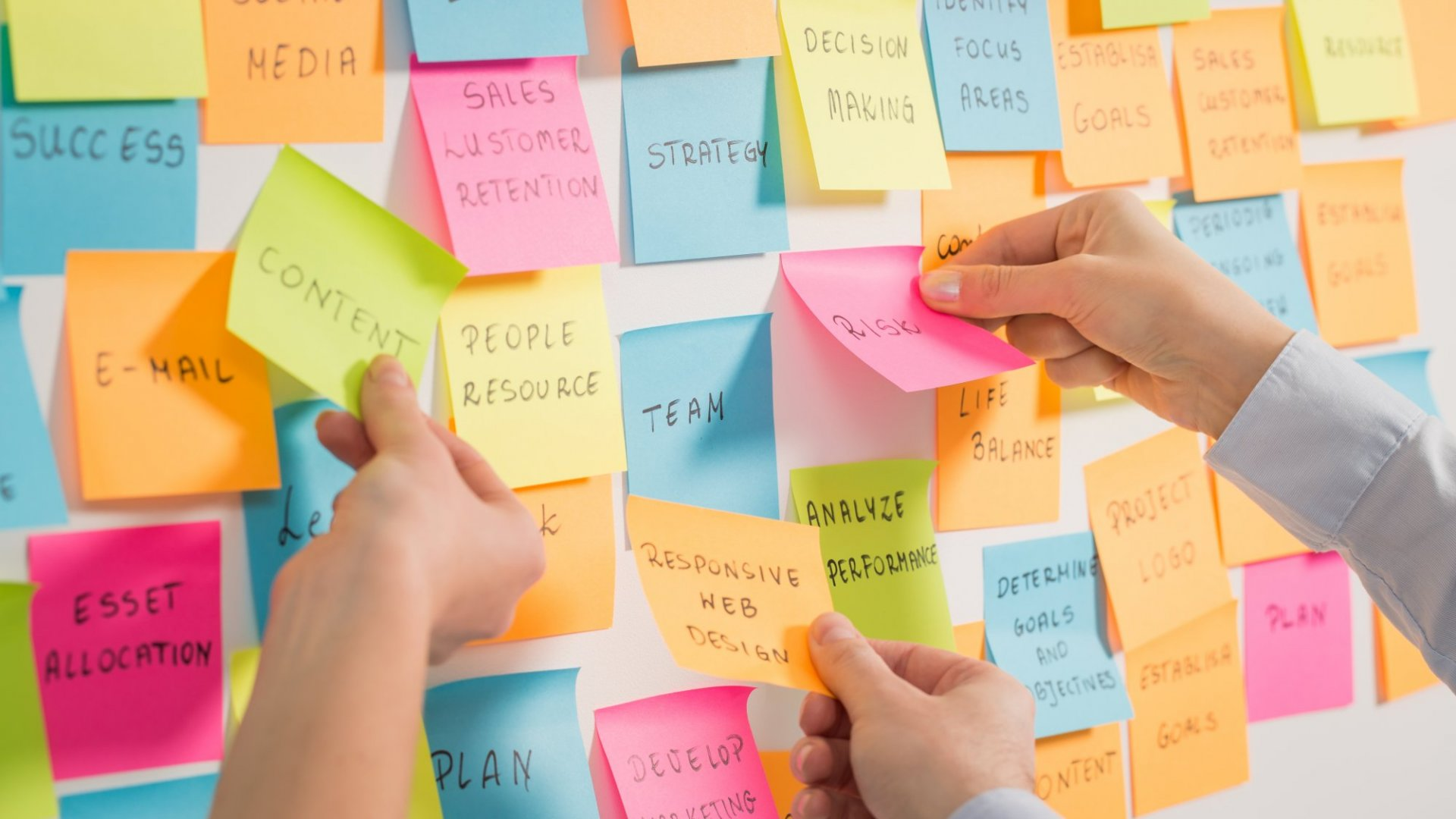 Why Your HR Department Should Embrace Design Thinking