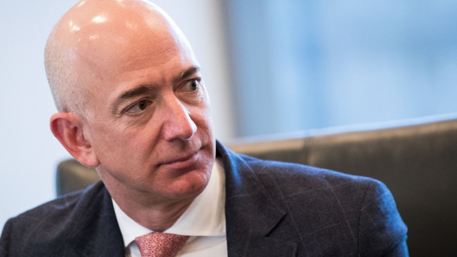 Jeff Bezos, Tim Cook and Satya Nadella to Meet With President Trump at White House