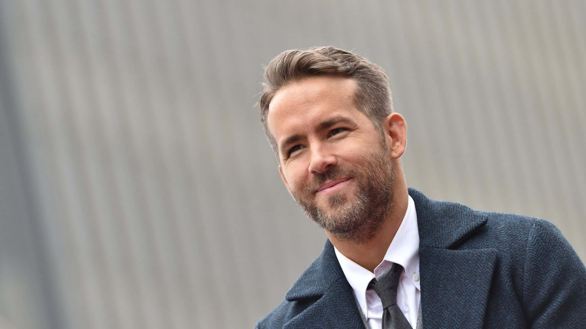 Ryan Reynolds Just Shared His Email Address, and the Out-of-Office Reply He Set Up Is Brilliant