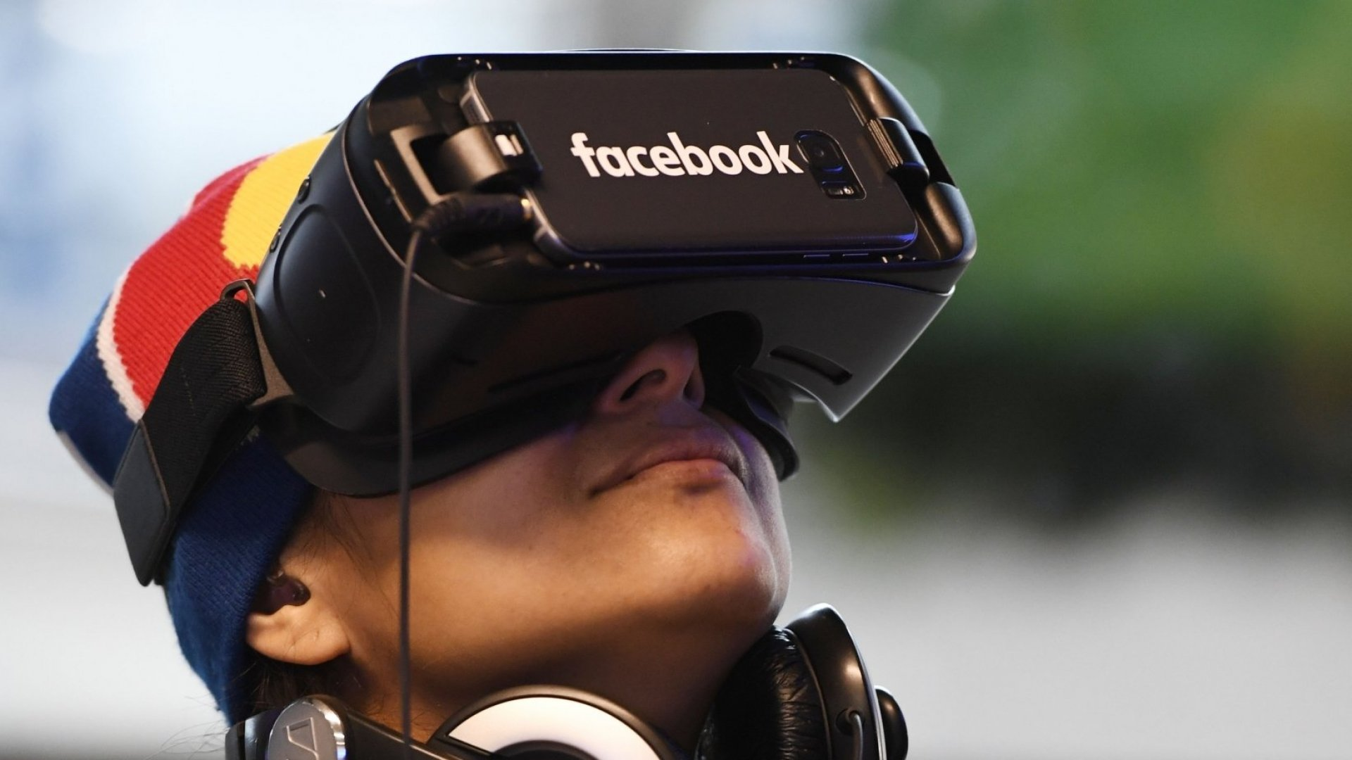 Despite embracing virtual reality, Facebook only ranked 50th in patents last year.