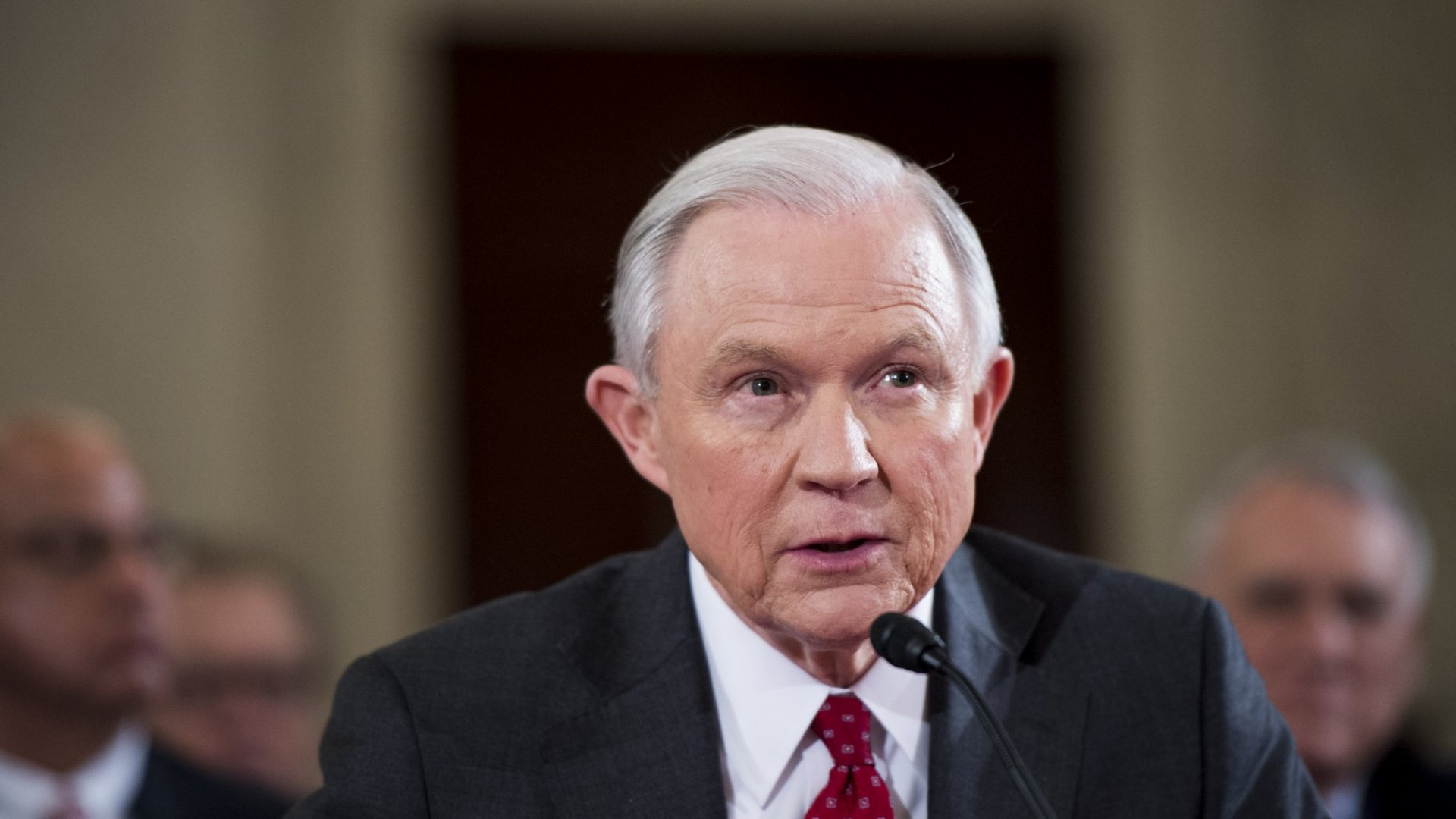 Marijuana Industry Sees Senator Sessions as Threat, But Hopes Trump's States' Rights Agenda Prevails