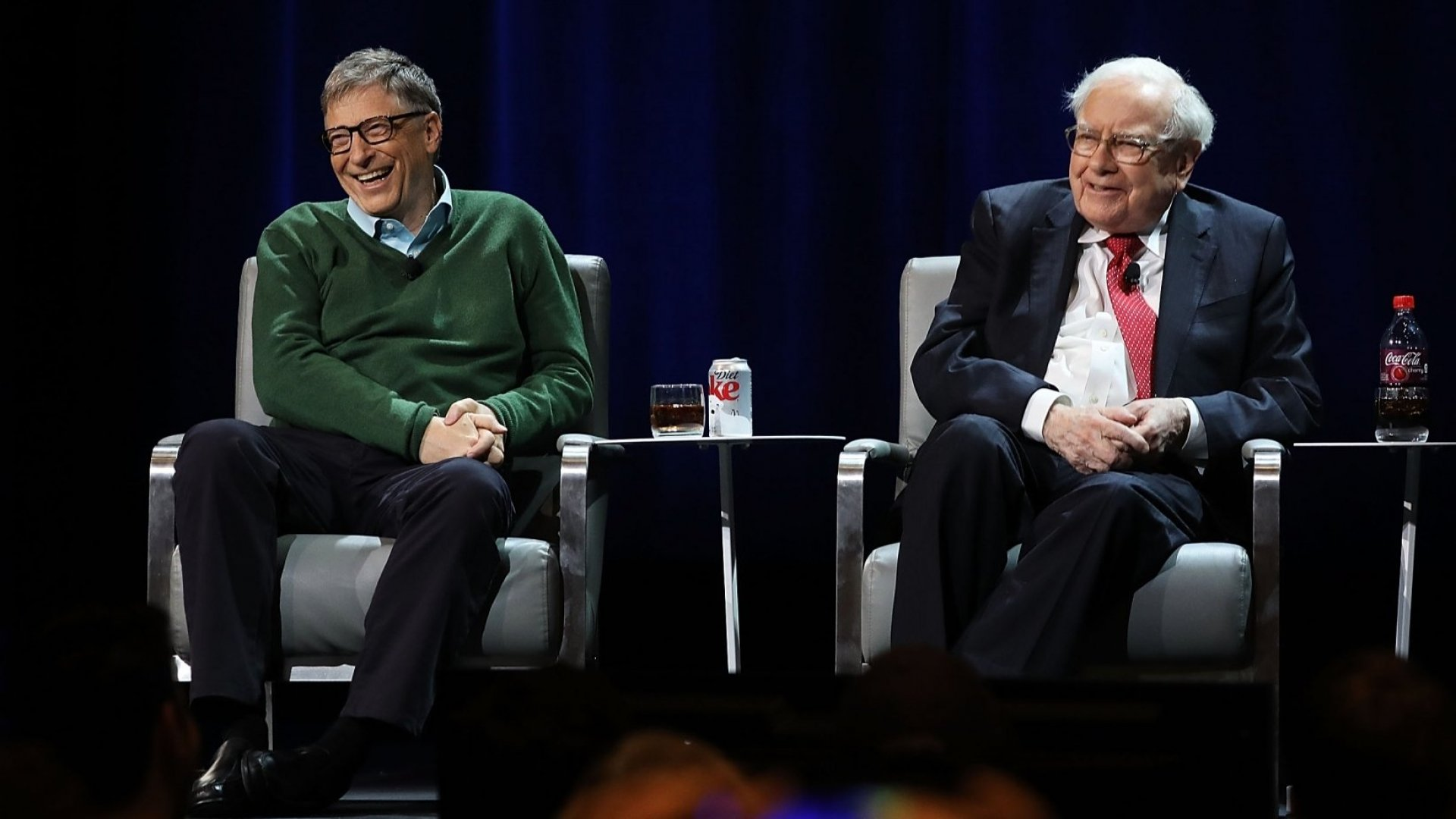 Bill Gates's and Warren Buffett's Top Advice for College Students