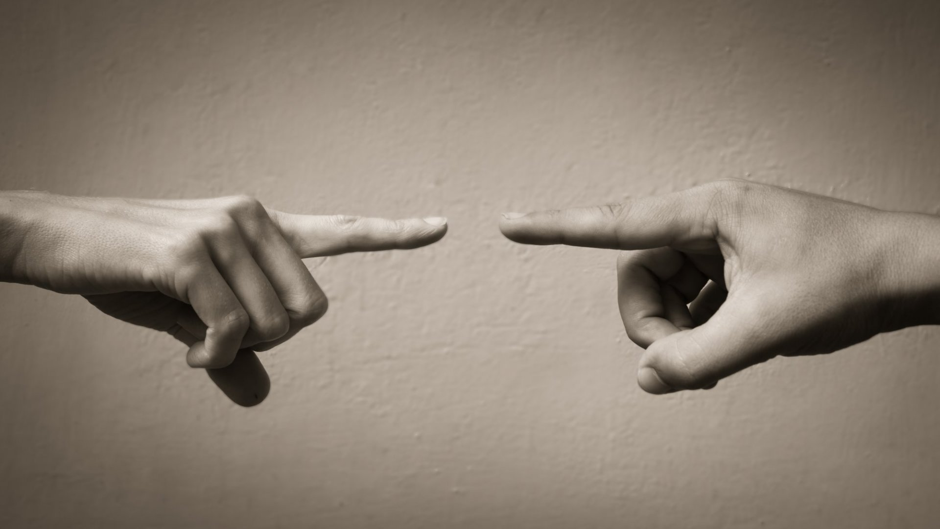 3 Tips on How to Handle and Better Avoid Workplace Conflicts