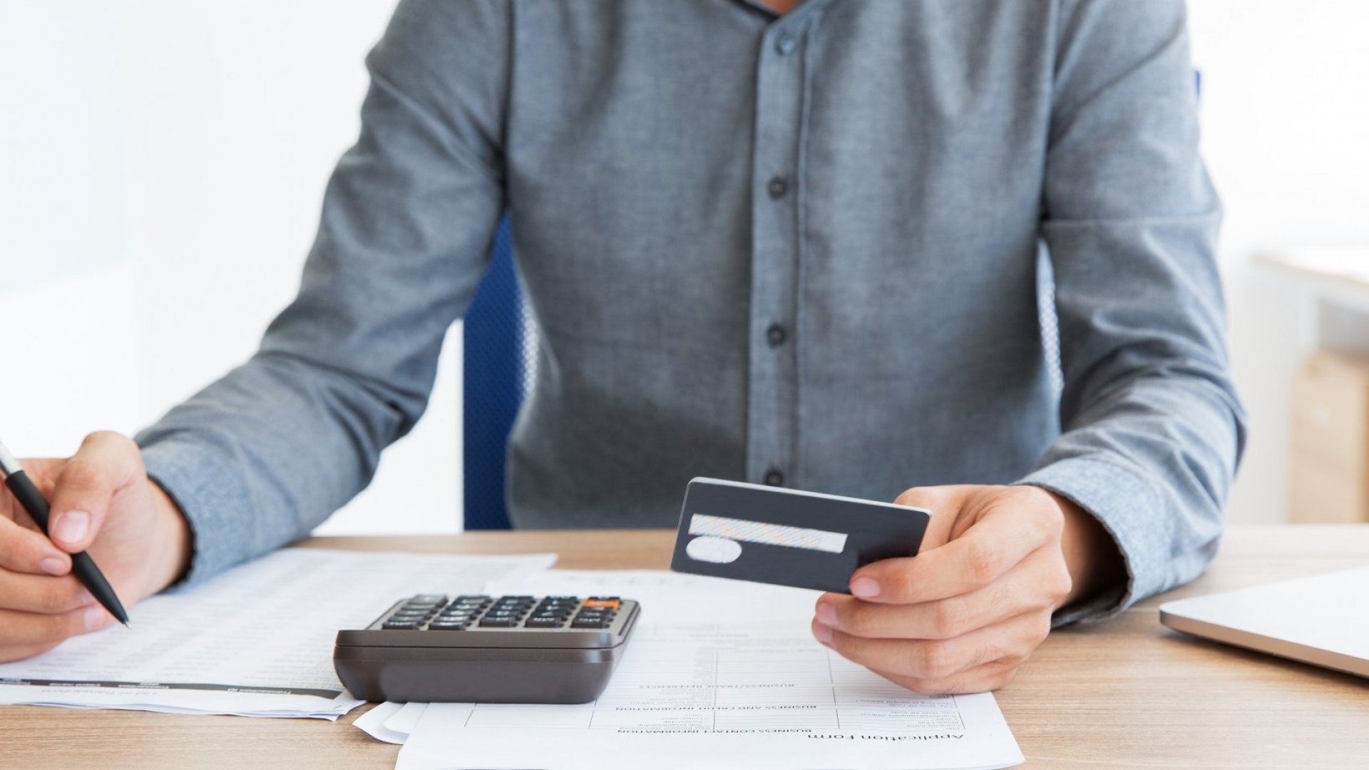 What You Should Know About Paying Off Your Credit Card Debt