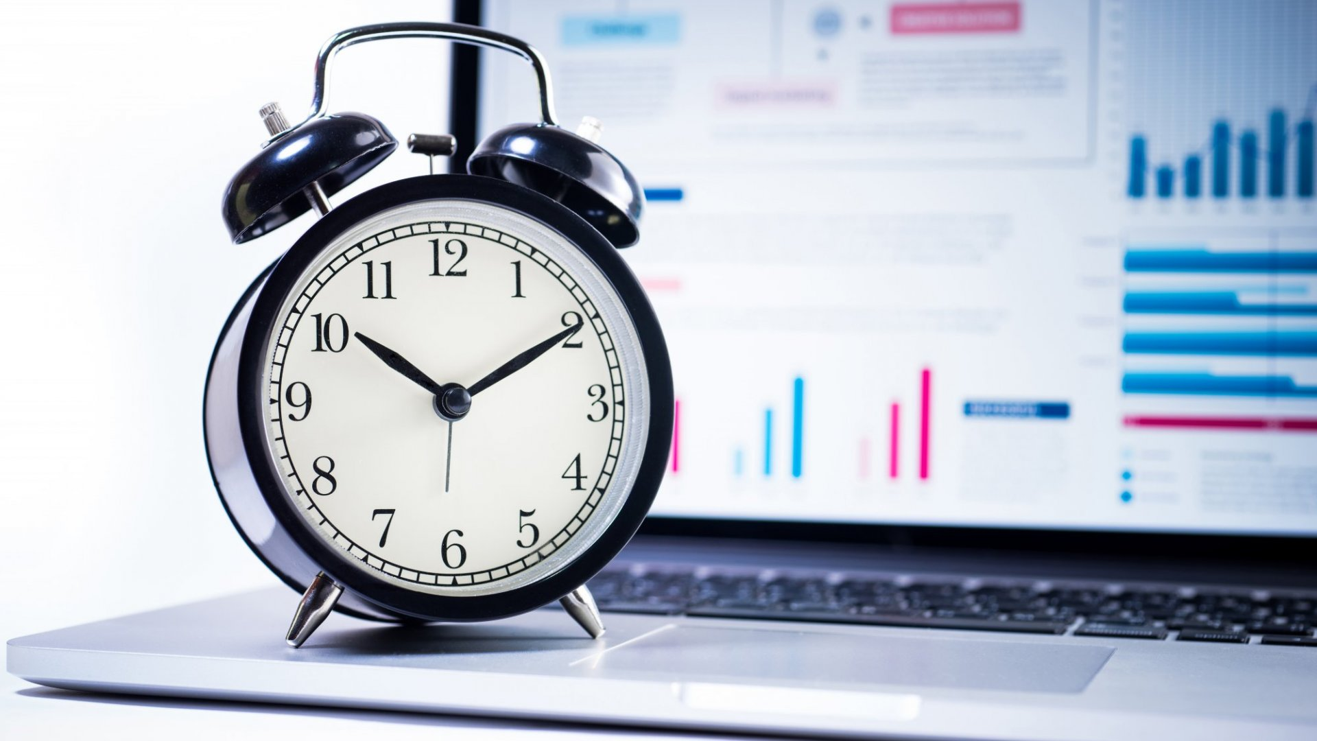 10 Time-Saving Strategies According to a Top Wall Street Performance Coach  | Inc.com