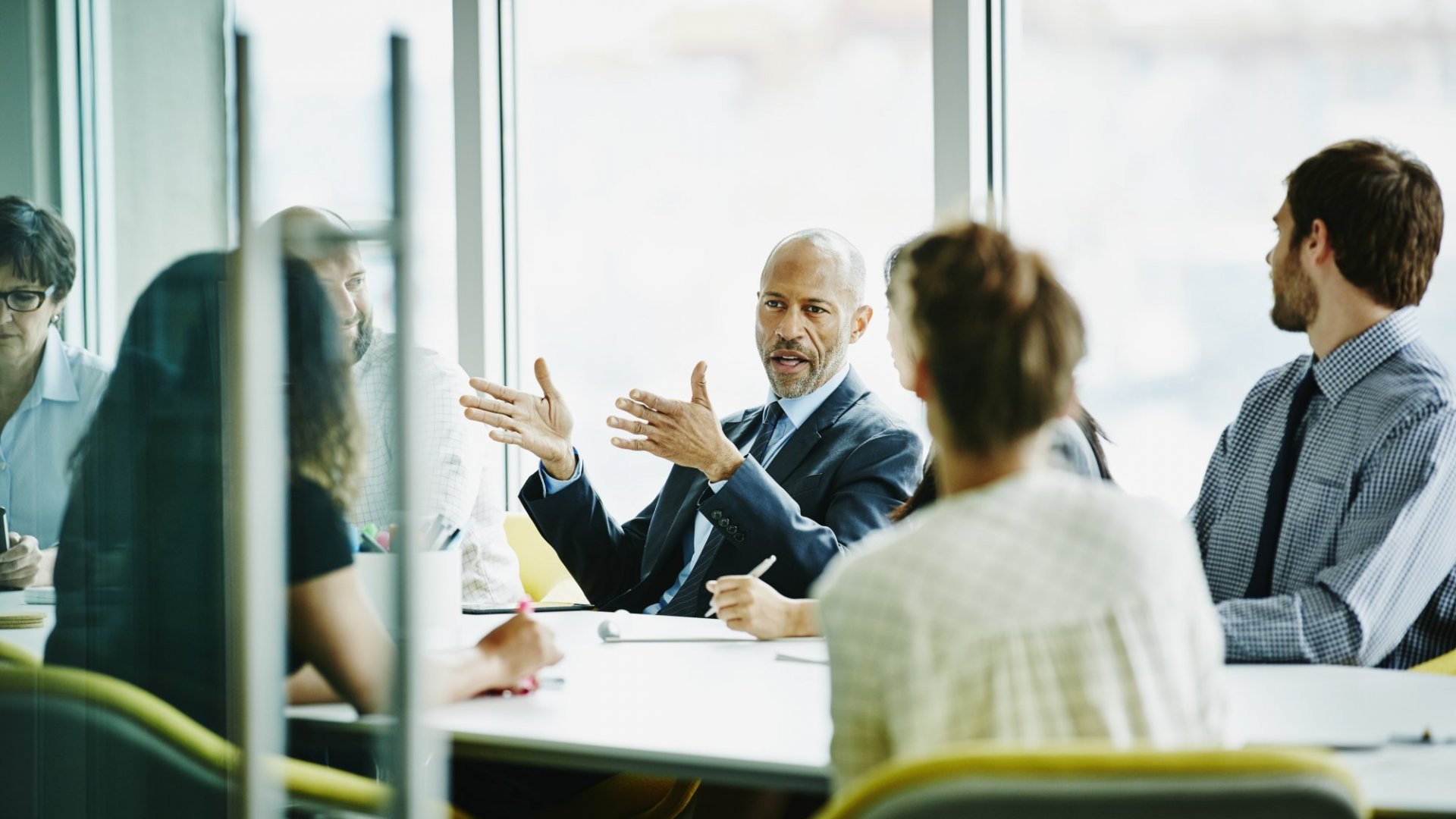 Never Stop Learning: 5 Benefits of Having a Mentor