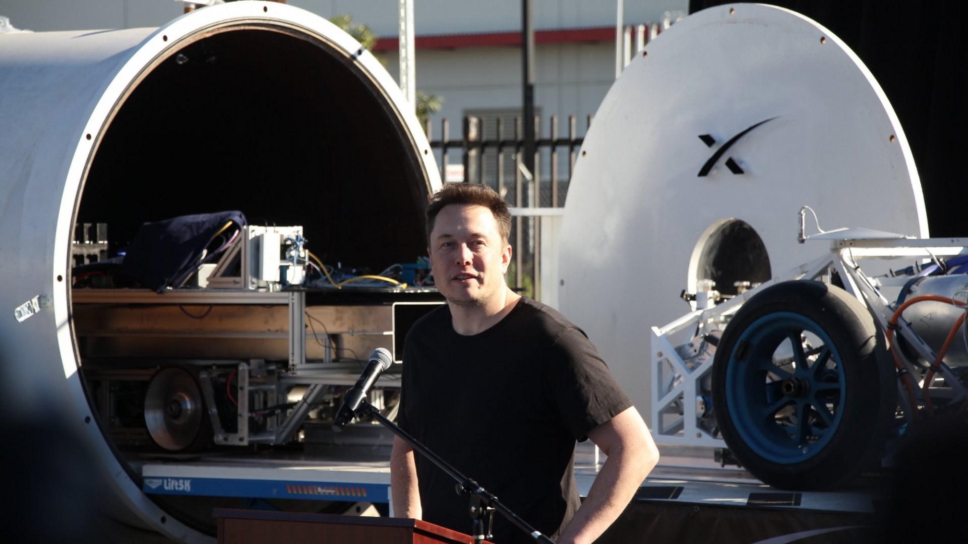 This May Be the Real Hero of Hyperloop Travel (and It's Not Elon Musk)