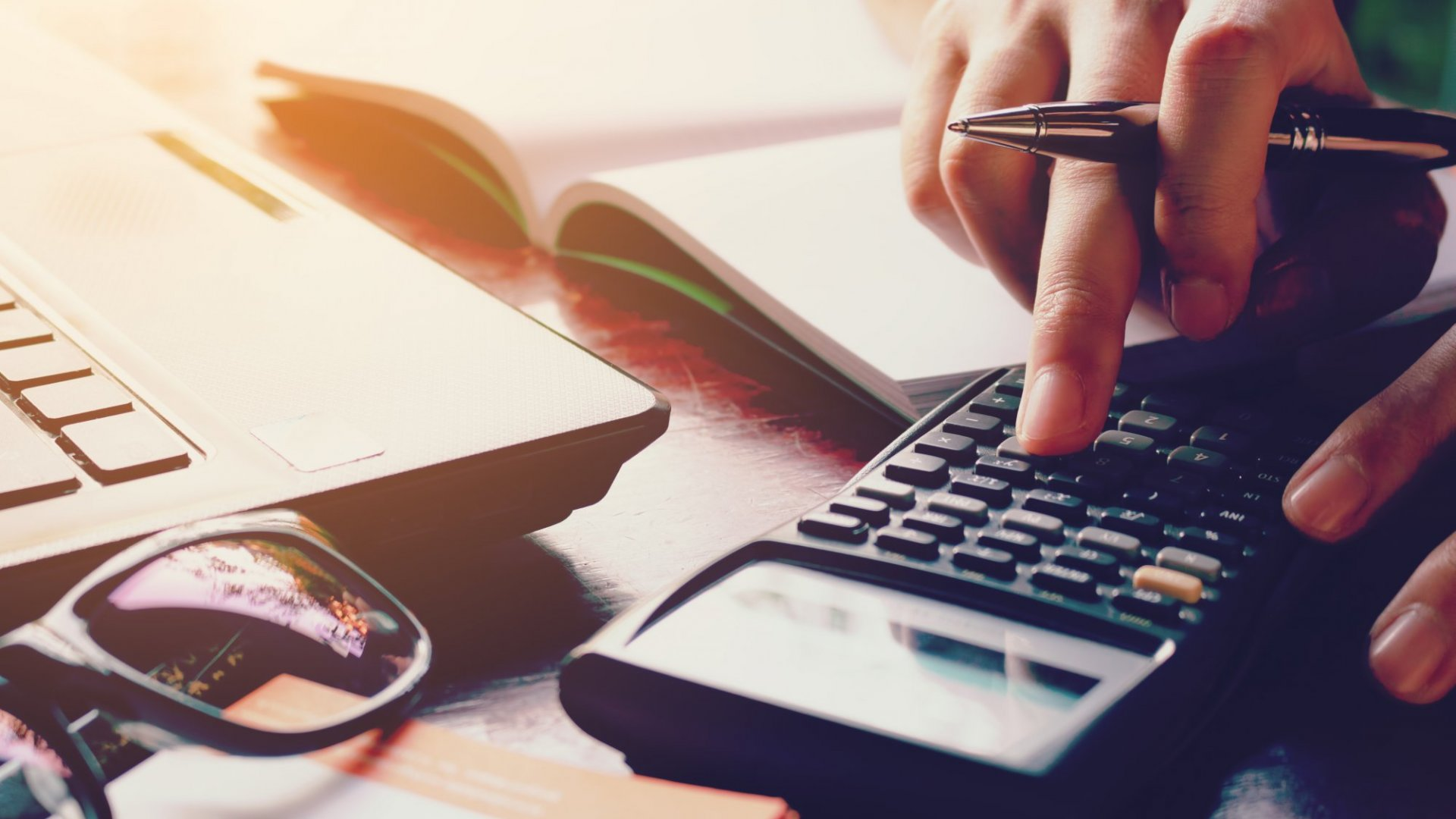 9 Business Deductions to Take Advantage Of This Tax Season