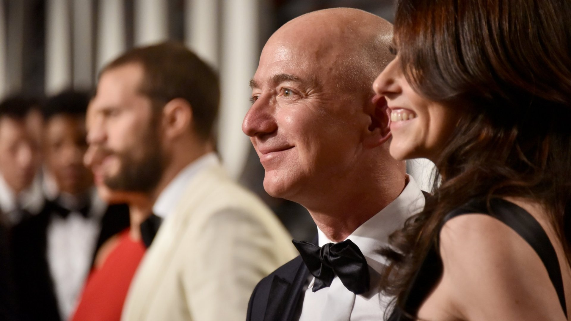 Last Night, Jeff Bezos Became the Silicon Valley Titan Who Won the Oscars