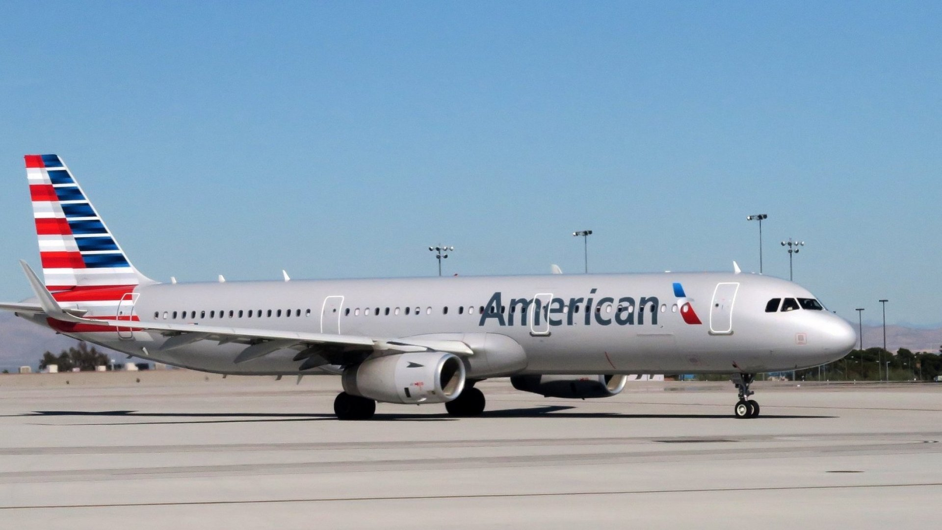 An American Airlines Passenger Was Stuck Next to  a 'Screaming and Kicking' Toddler. His Stunning Reaction Went Viral