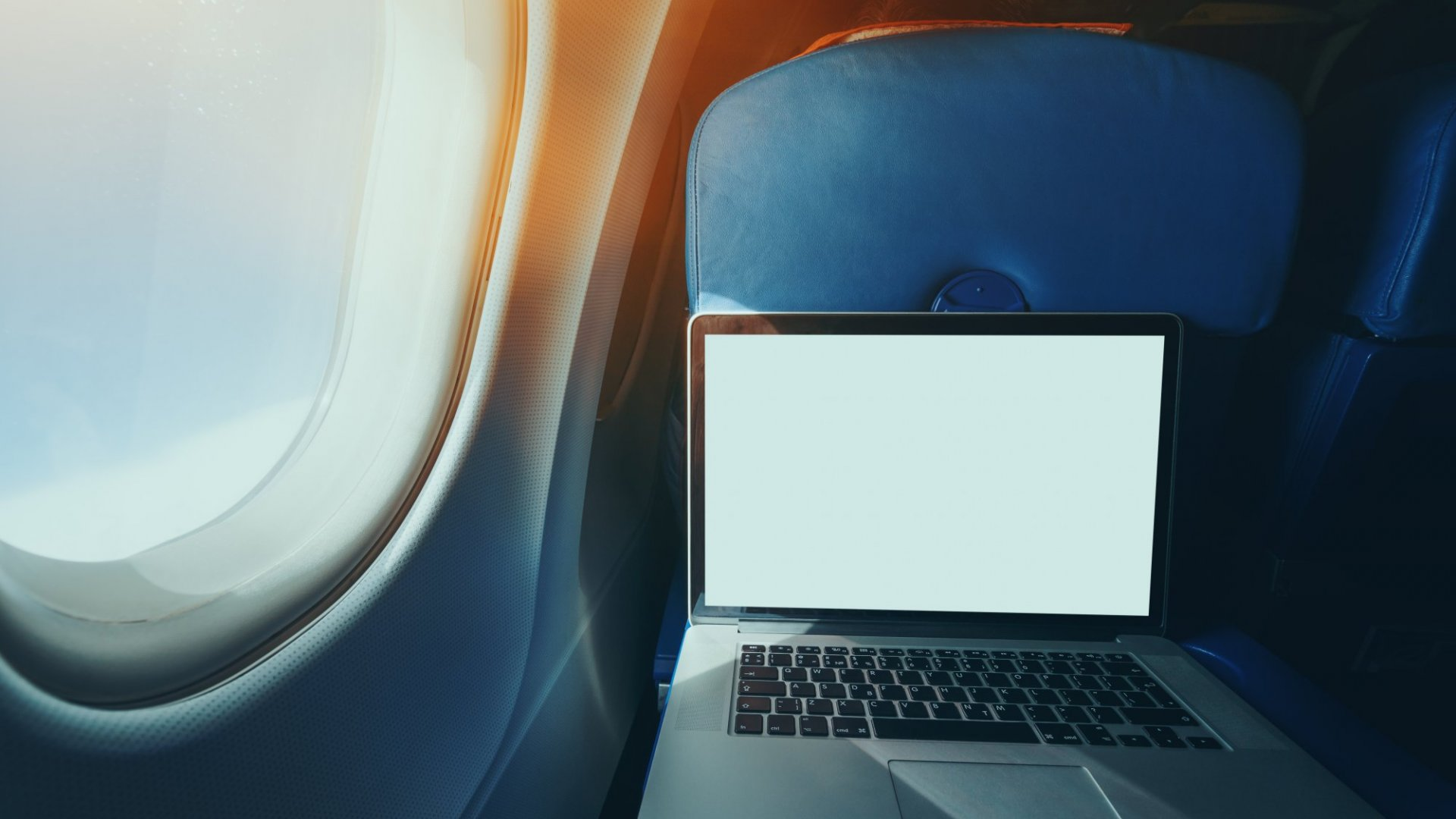 If You Need Solid In-Flight Wi-Fi, Choose One of These 4 Airlines