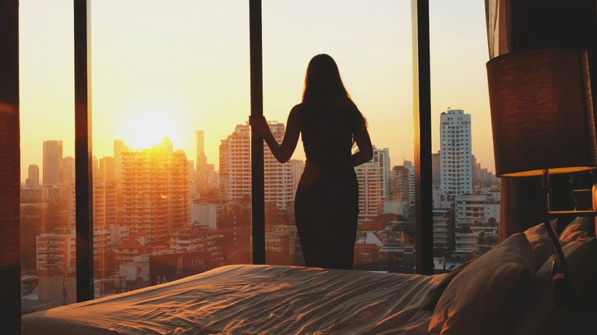 Master Your Mornings: 4 Easy Ways to Crank Up Your Productivity--and Increase Your Joy