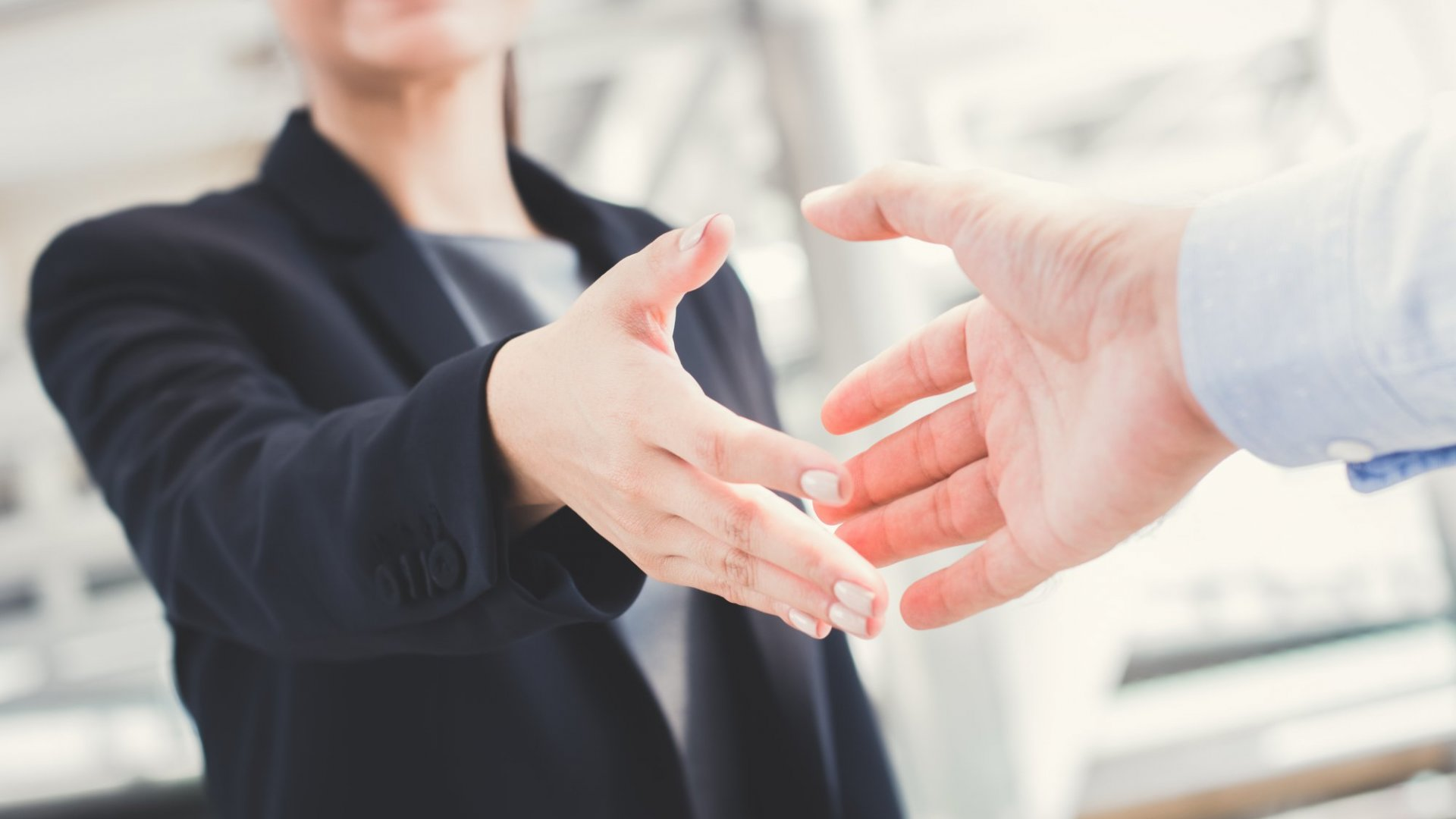 6 Key Considerations to Take Before Diving Into a New Business Partnership