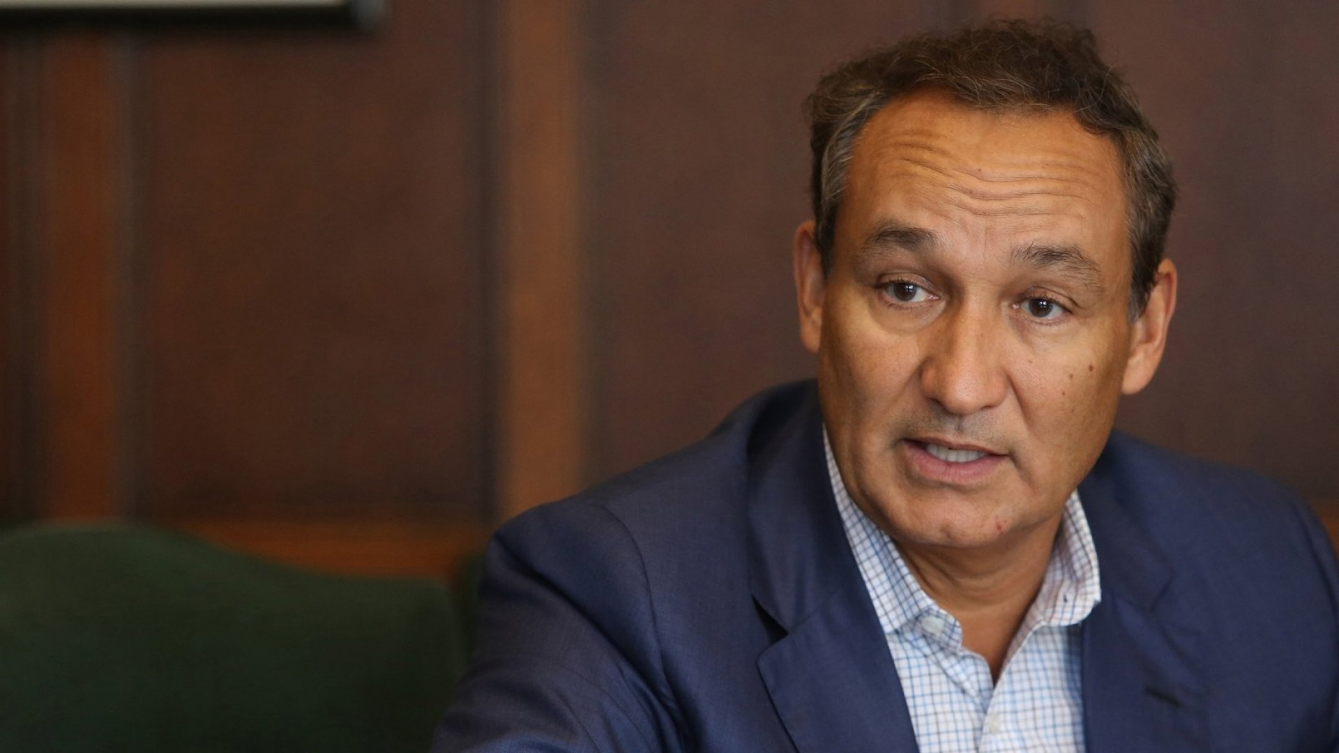 In an interview with 'Good Morning America,' United Airlines CEO Oscar Munoz said he felt 'shame' when watching viral videos of a passenger being dragged from his seat aboard a flight.
