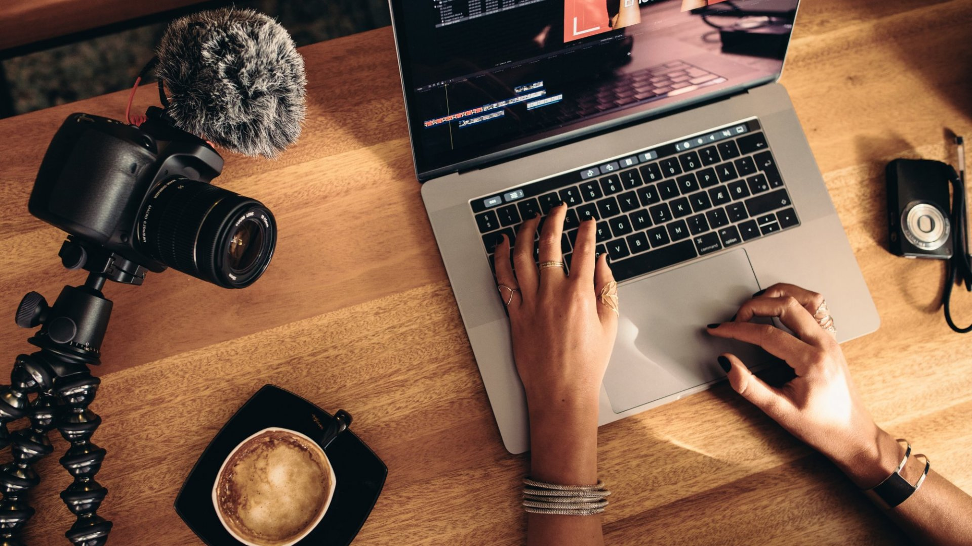 3 Reasons You Should Add Vlogging to Your Marketing Strategy
