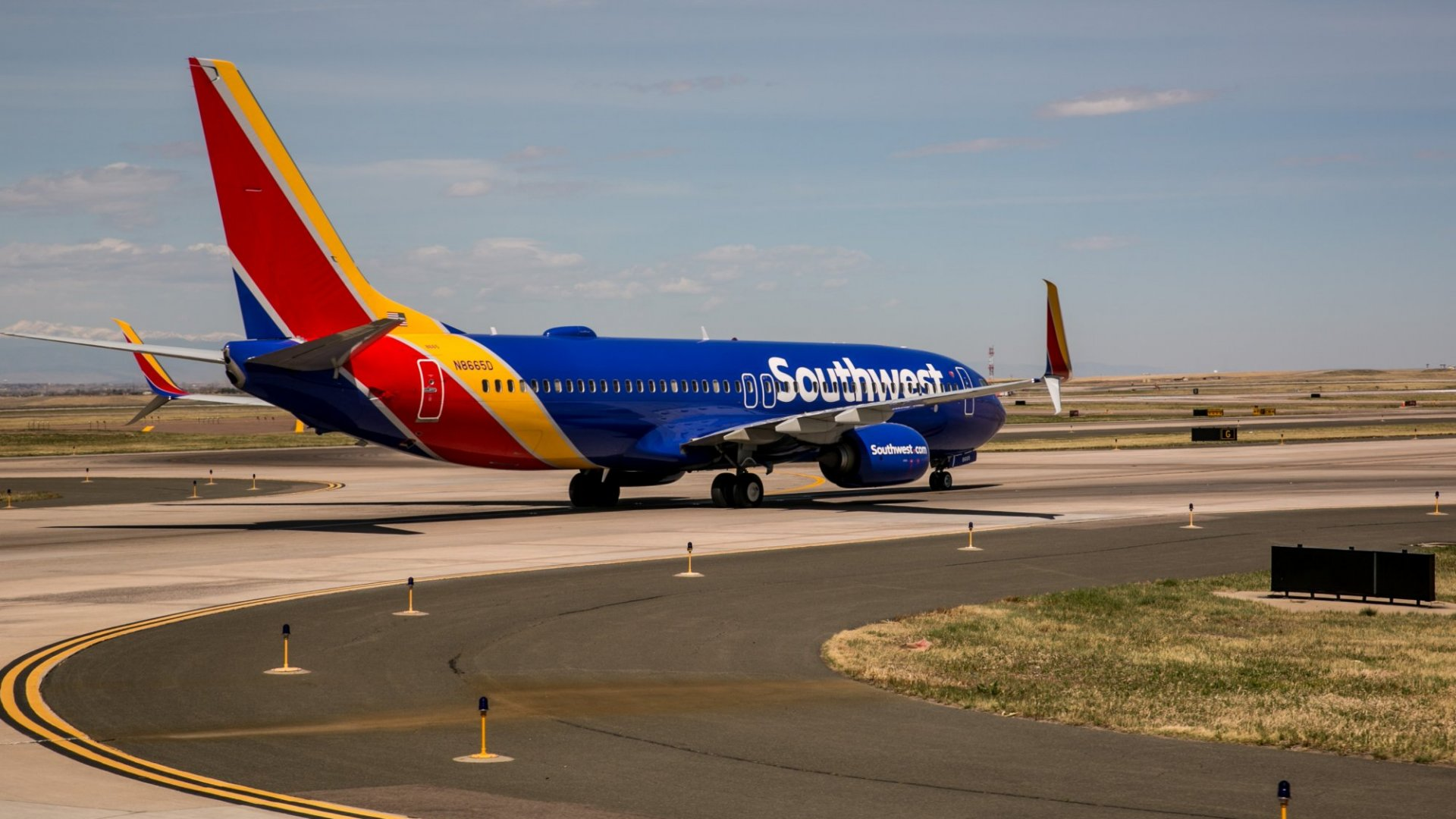 A Southwest Airlines Captain Turned a Plane Around For the Most Bizarre Reason Ever. (Here's the (Mostly) Happy Ending Nobody Could Figure Out)