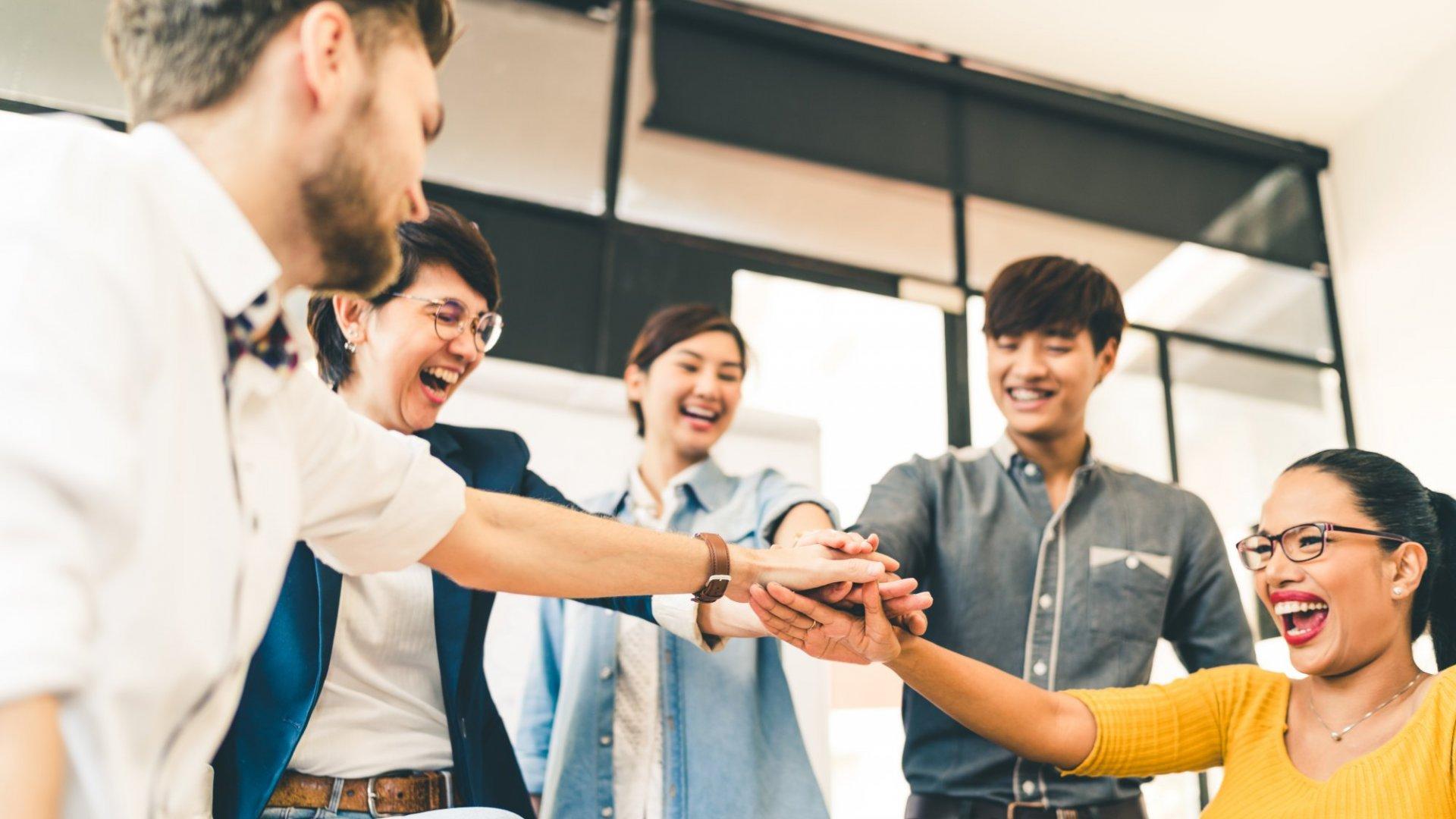 3 Simple Ways Great Bosses Lead Their Teams