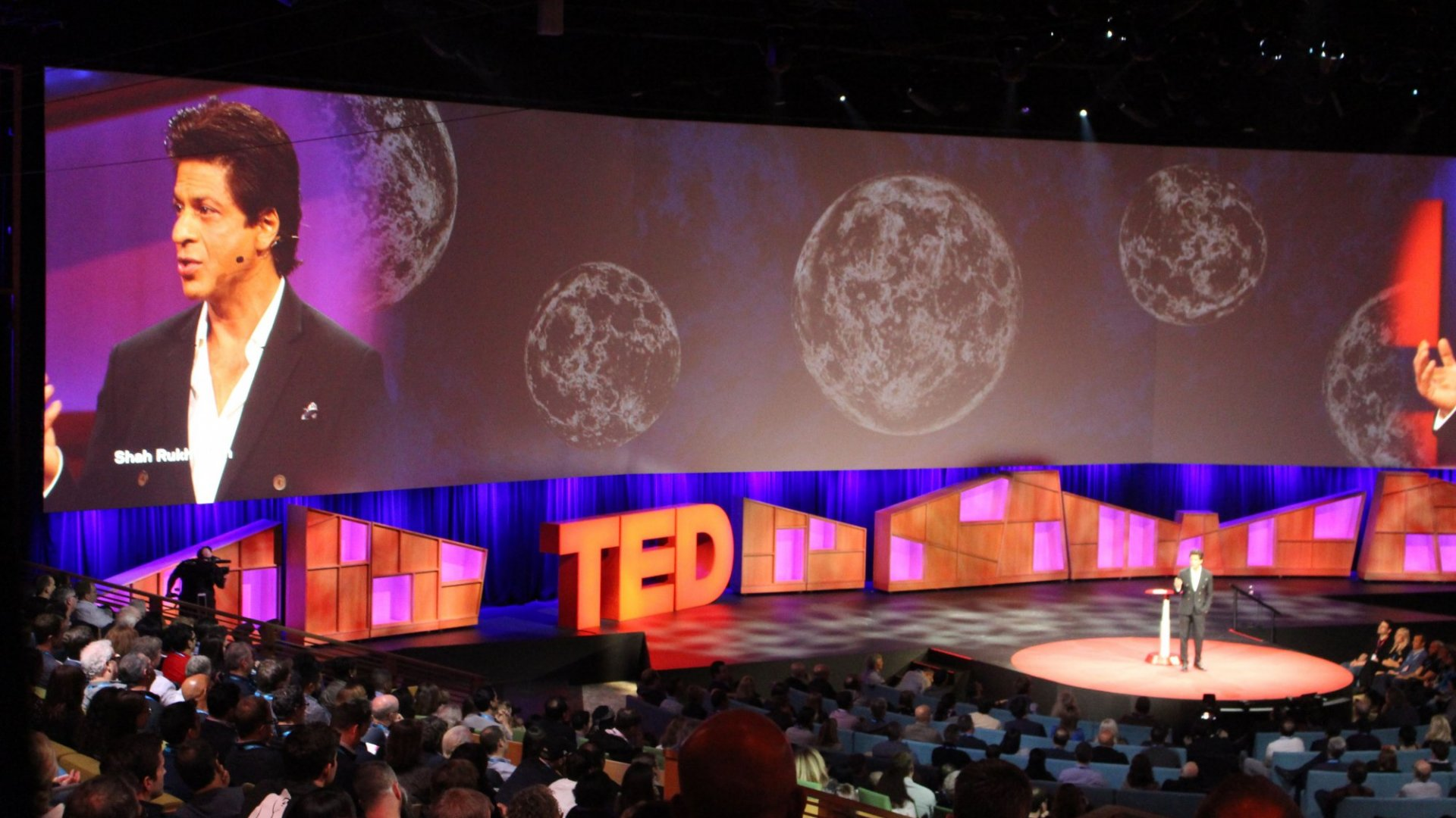 Why TED Says You Should Learn Public Speaking--and Will Teach You How